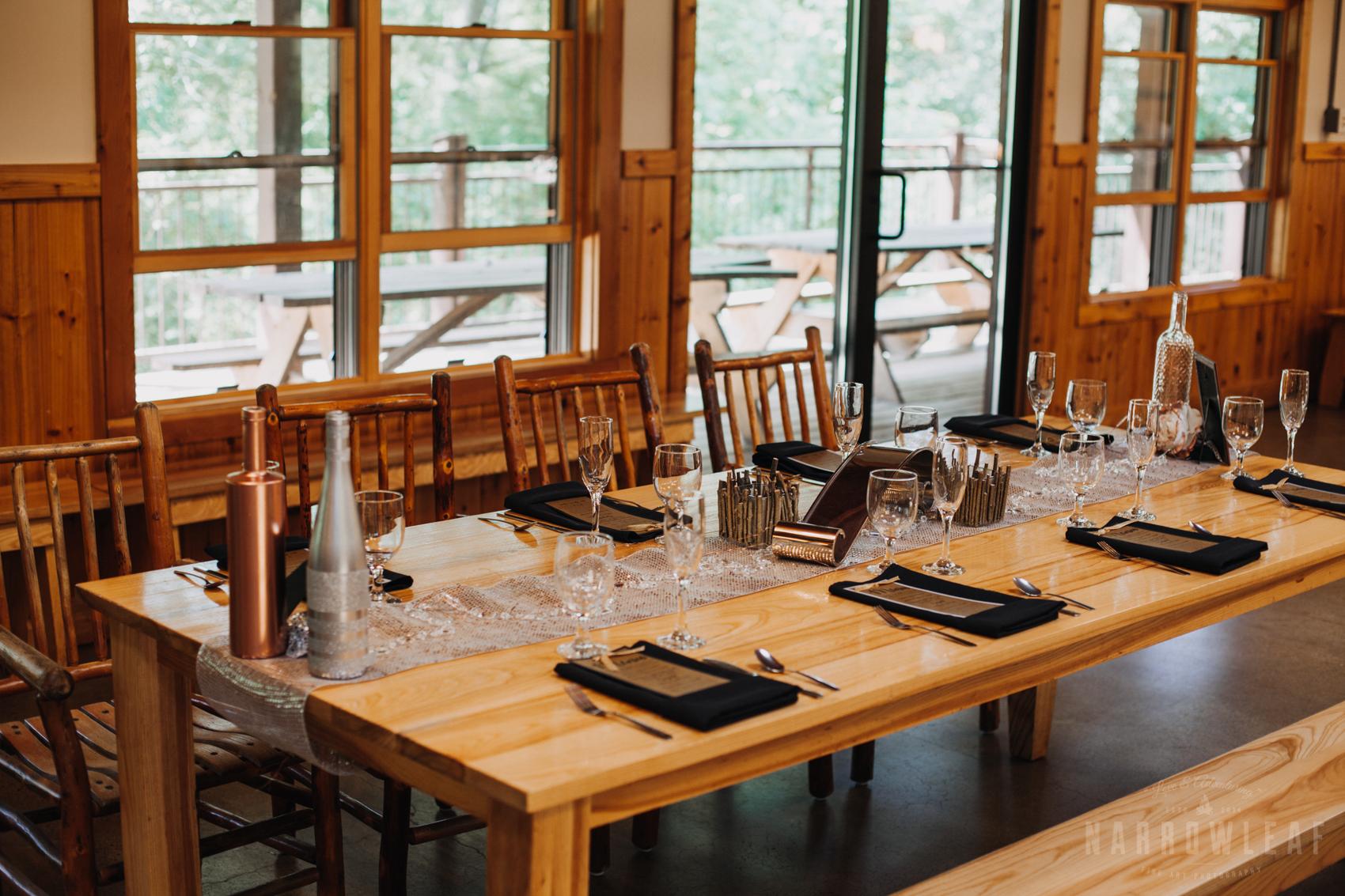 camp-st-croix-hudson-wedding-reception-details-glitter-woods-travel-300.jpg