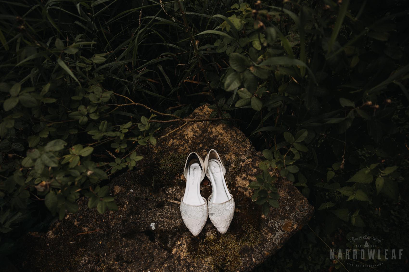 Wedding shoes details