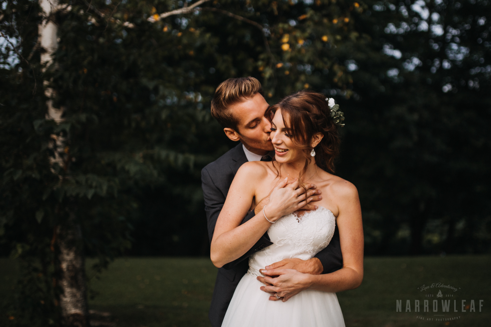 moody wedding photography in wisconsin