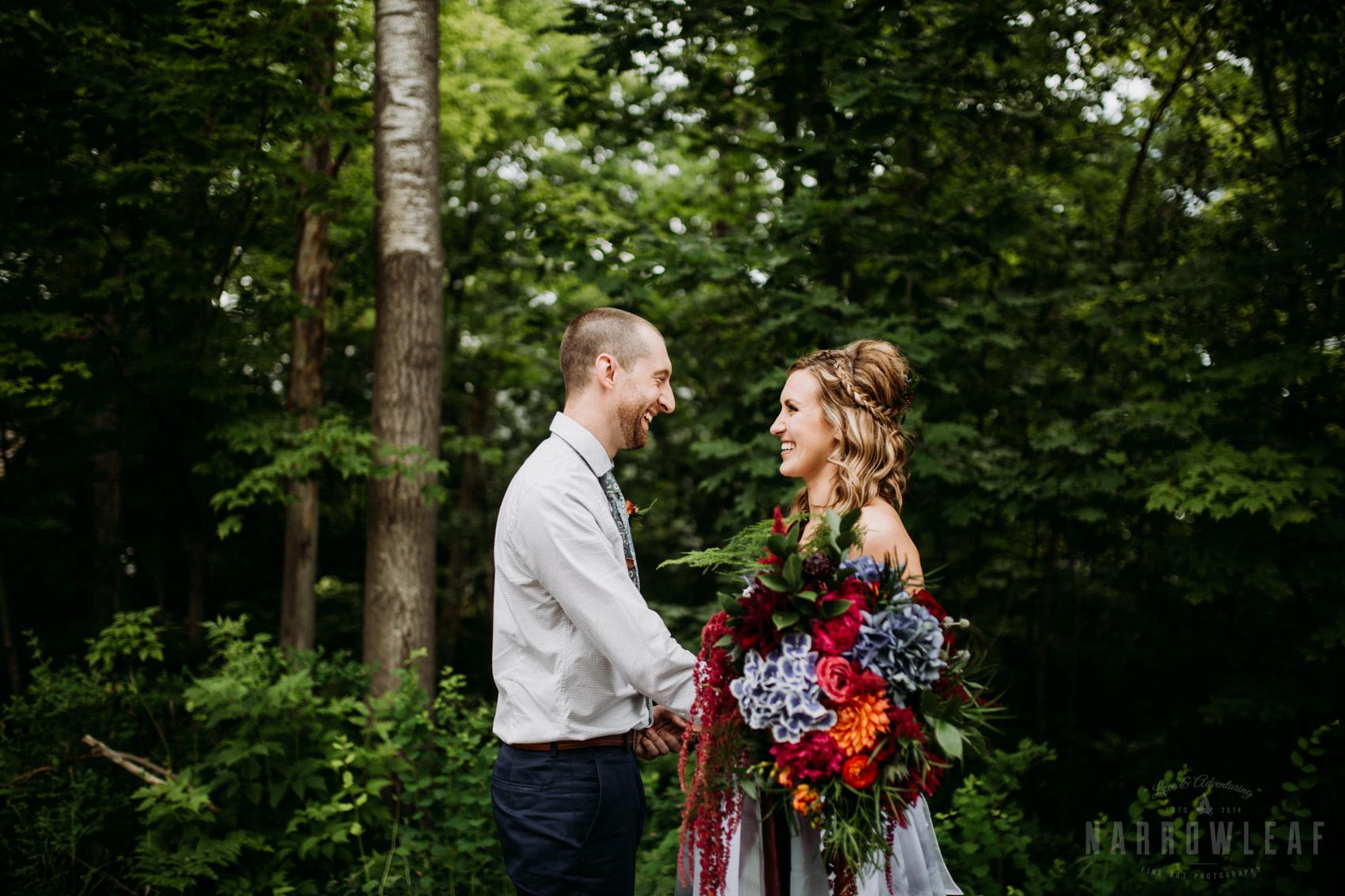 bayfield-wi-wedding-bride-and-groom-first-look-301.jpg