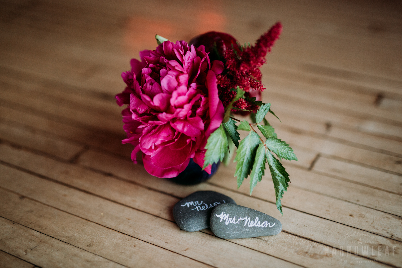 bayfield-wi-lake-superior-wedding-reception-floral-decorations-15.jpg