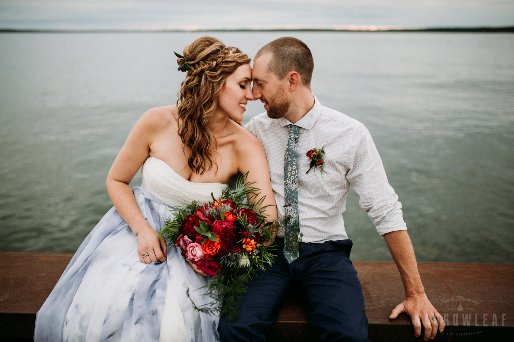 bayfield-wi-lake-superior-wedding-moody-styled-bride-groom-photos-15.jpg