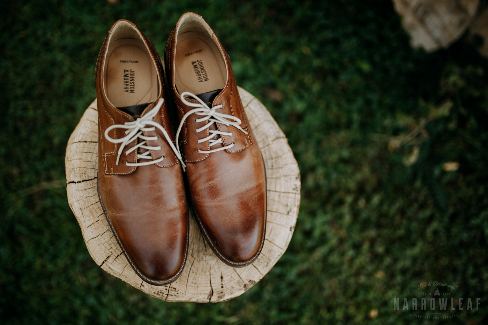 classy-groom-details-on-log-pile-leather-shoes-33.jpg