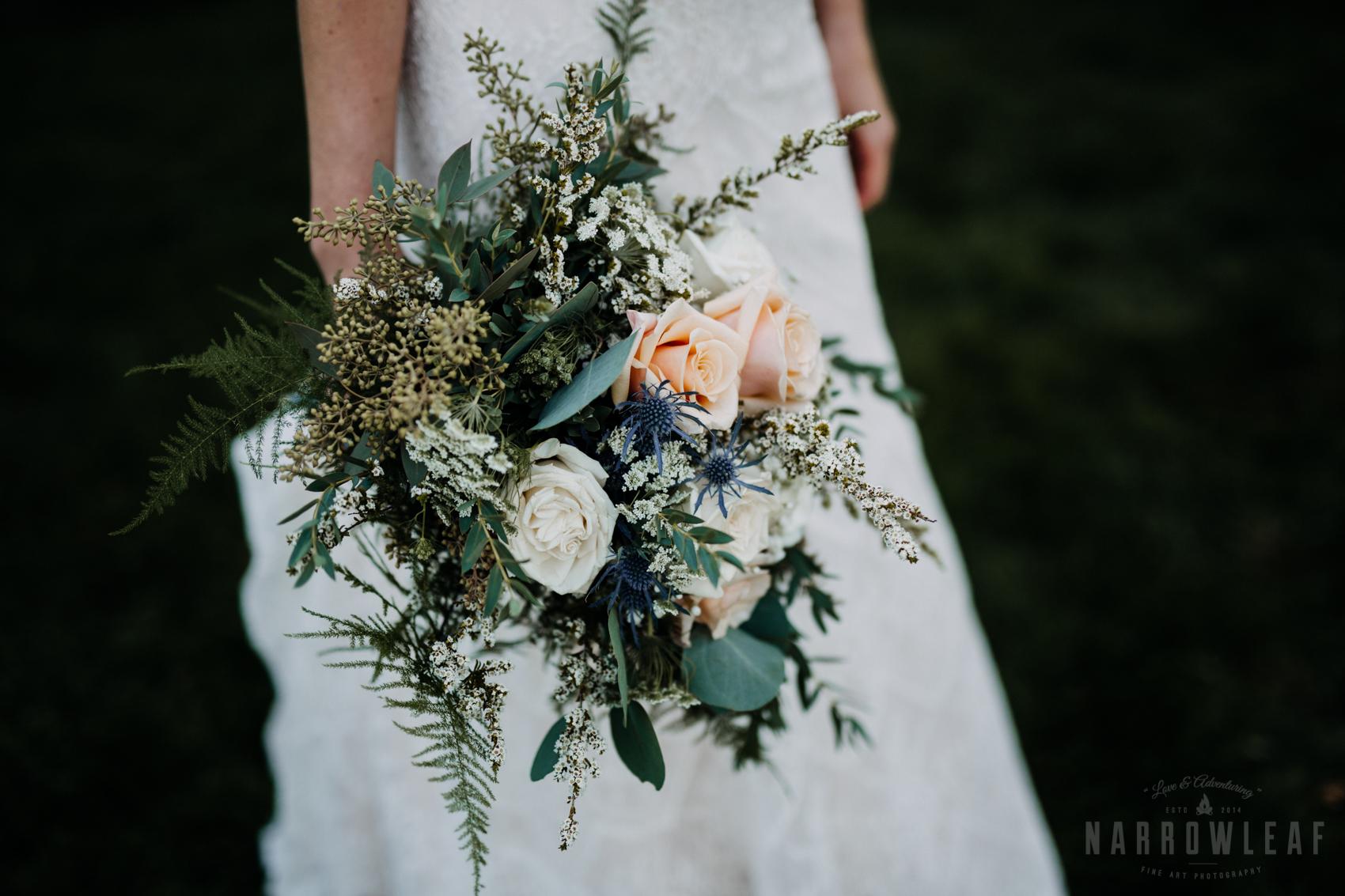 green-pink-and-white-wild-flower-summer-bouquet-32.jpg