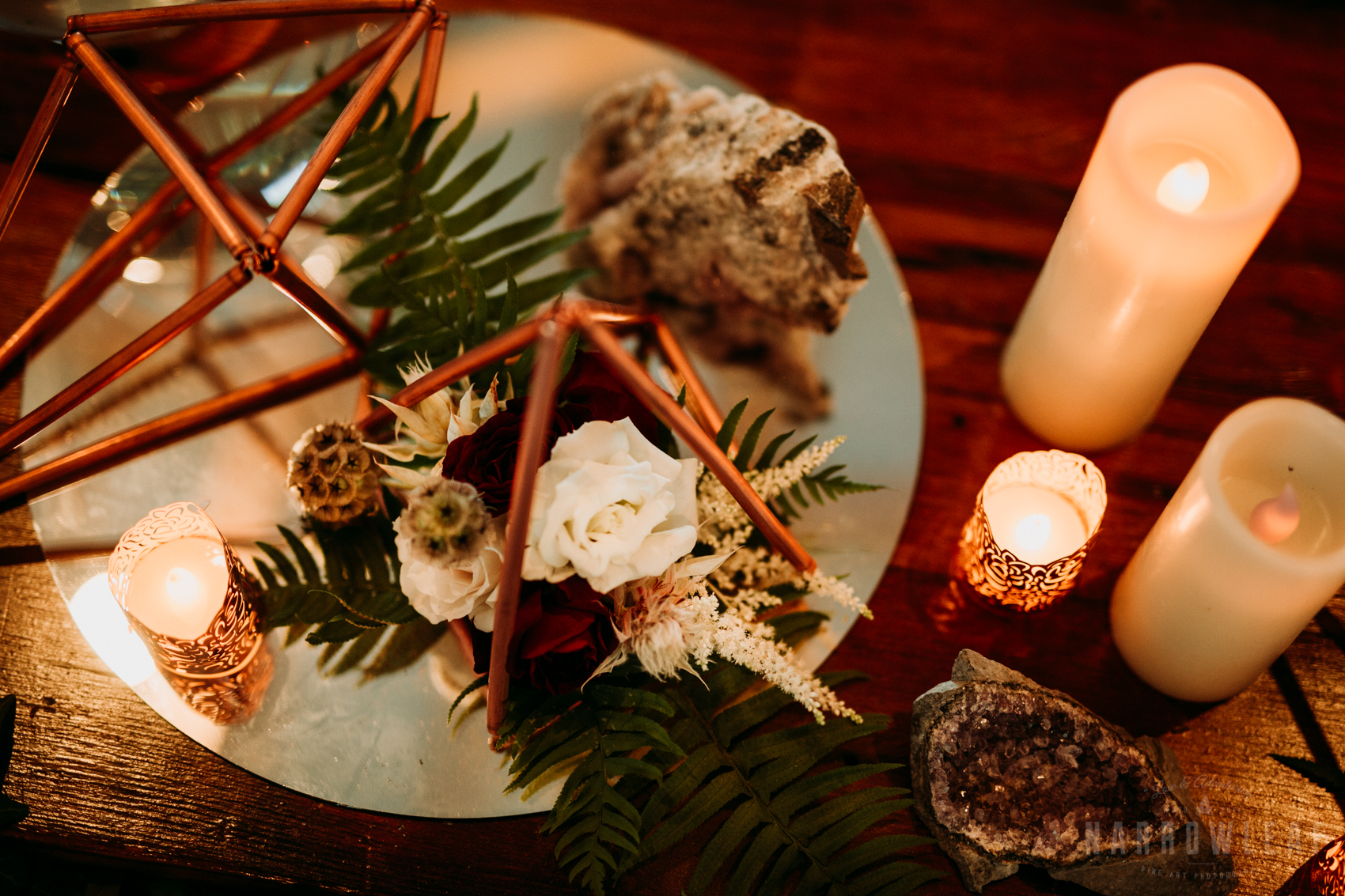 boho-floral-and-copper-wire-amethyst-geode-inspired-wedding-table-decor-candles--3.jpg