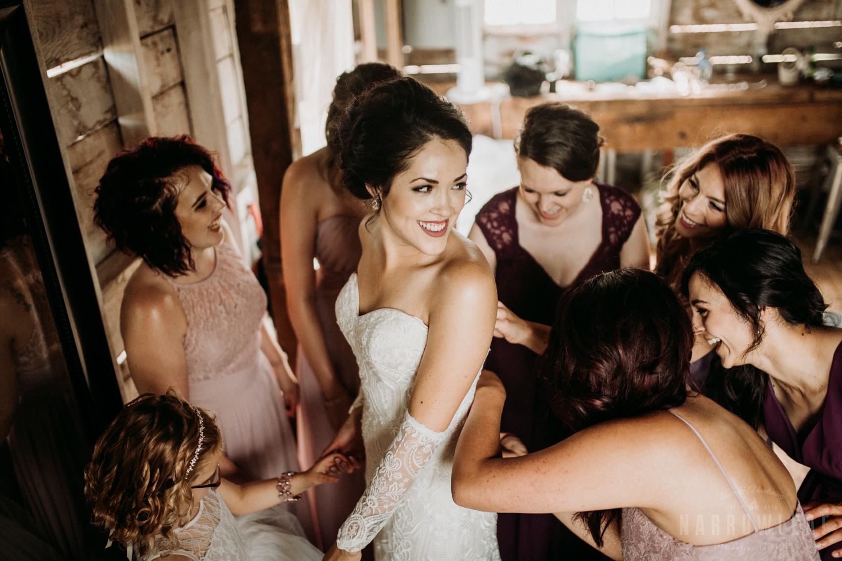 classy-bride-wedding-details-the-hidden-meadow-and-barn-pepin-wi-9.jpg