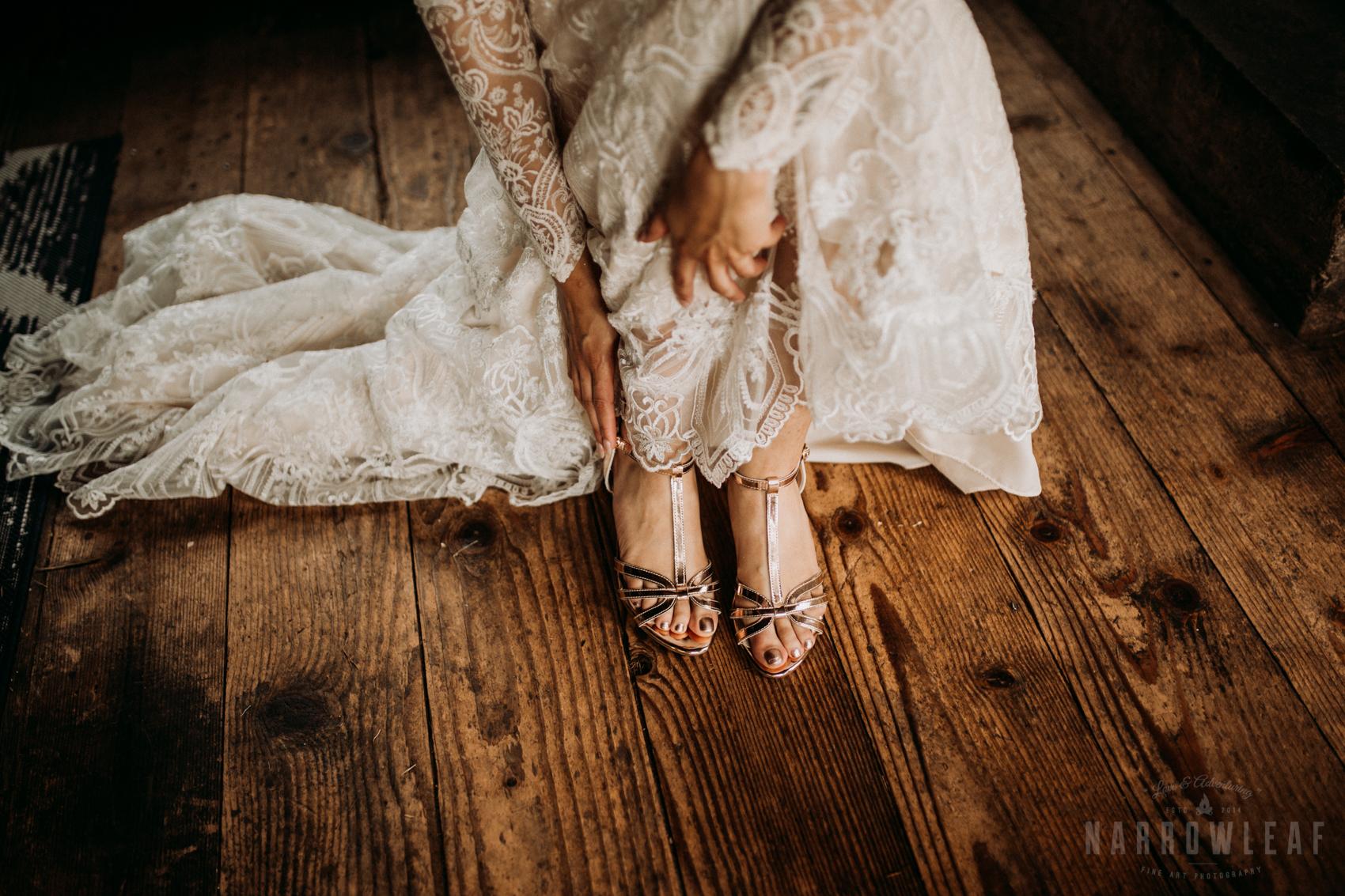 classy-bride-wedding-details-the-hidden-meadow-and-barn-pepin-wi-16.jpg