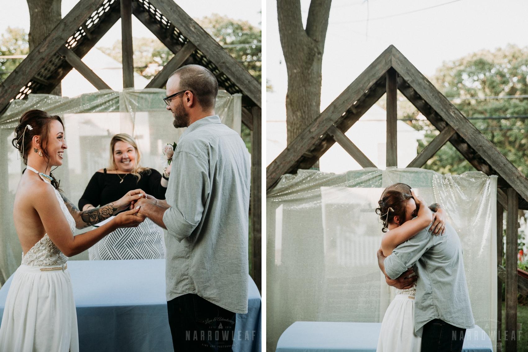 minnesota-outdoor-elopement-intimate-ceremony-narrowLeaf-photography.jpg