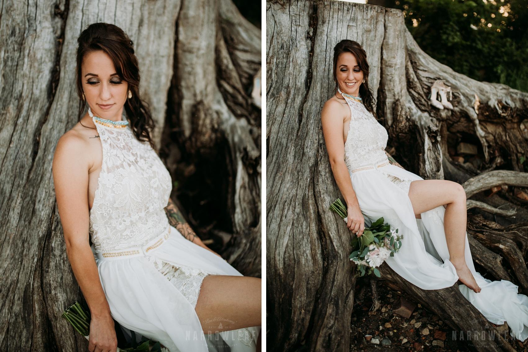 moody-minnesota-outdoor-elopement-bride-narrowLeaf-photography.jpg