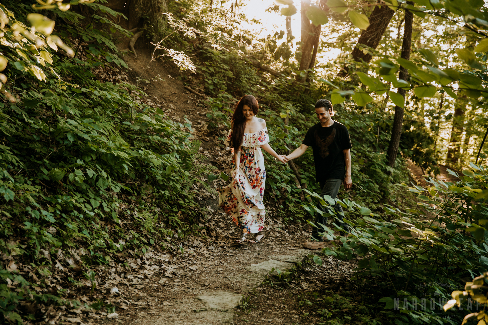 Perrot-state-park-woodsy-engagement-NarrowLeaf-love-and-adventure-Photography-37.jpg