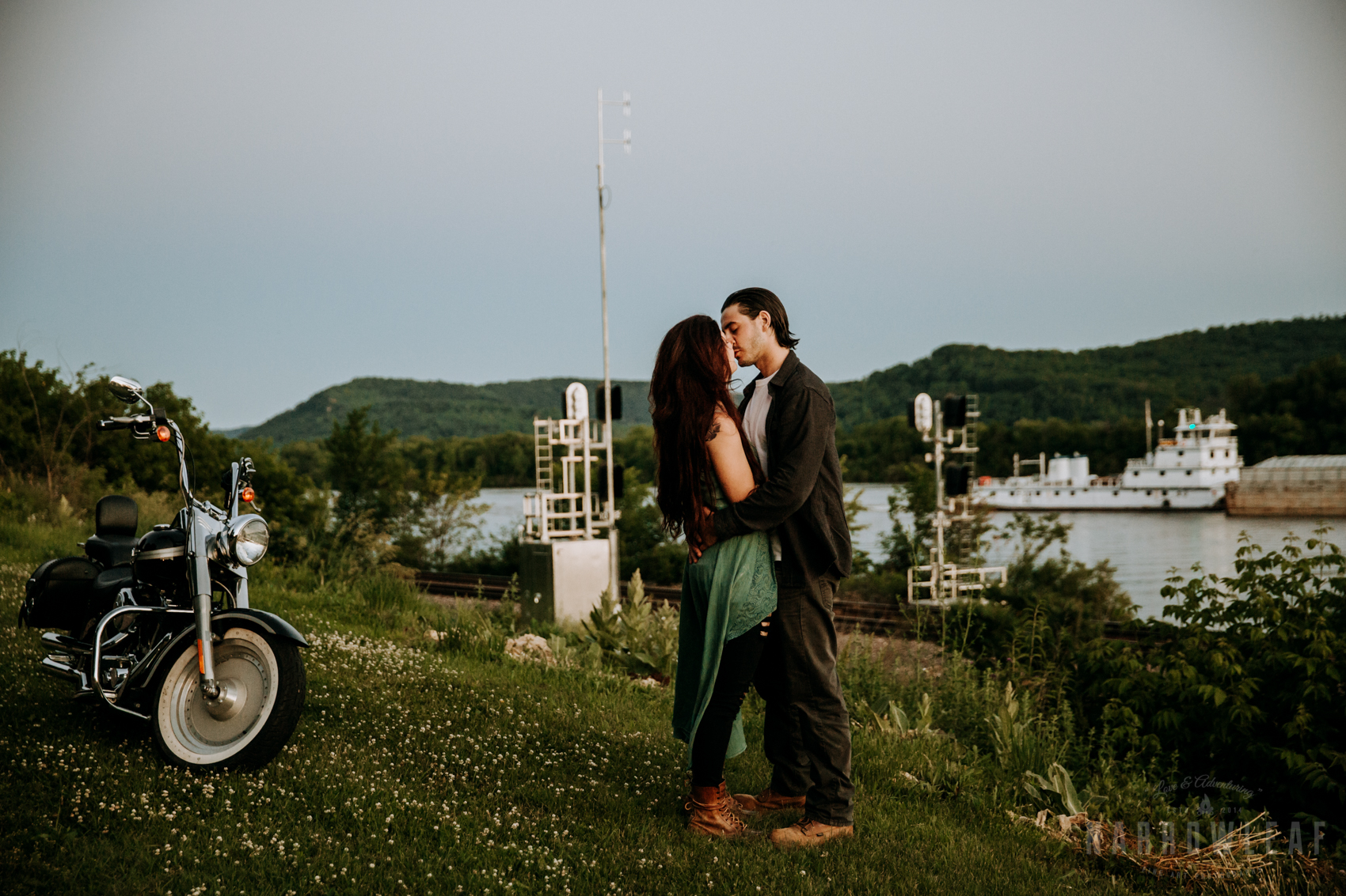 Trempealeau-wi-moody-engagement-motorcycle-NarrowLeaf-love-and-adventure-Photography-11.jpg