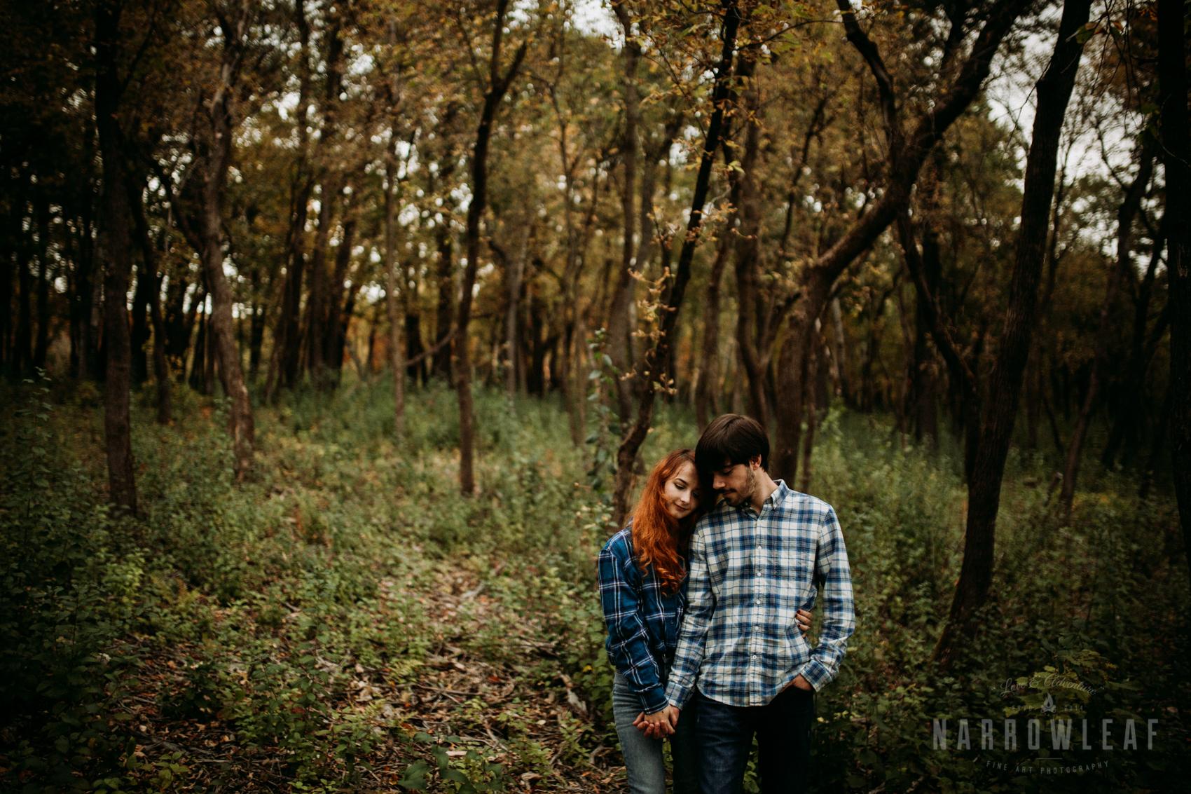 fall-engagement-lebanon-hills-mn-NarrowLeaf_Adventure_Photography-32.jpg