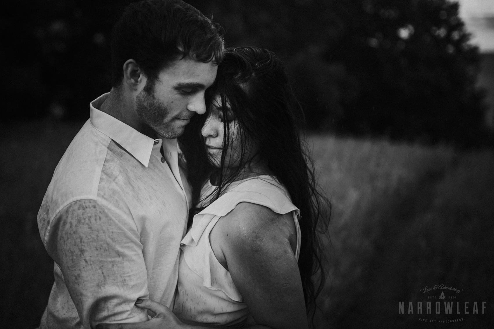 summer-engagement-photos-frontenac-mn-NarrowLeaf_Love_&_Adventure_Photography-38.jpg