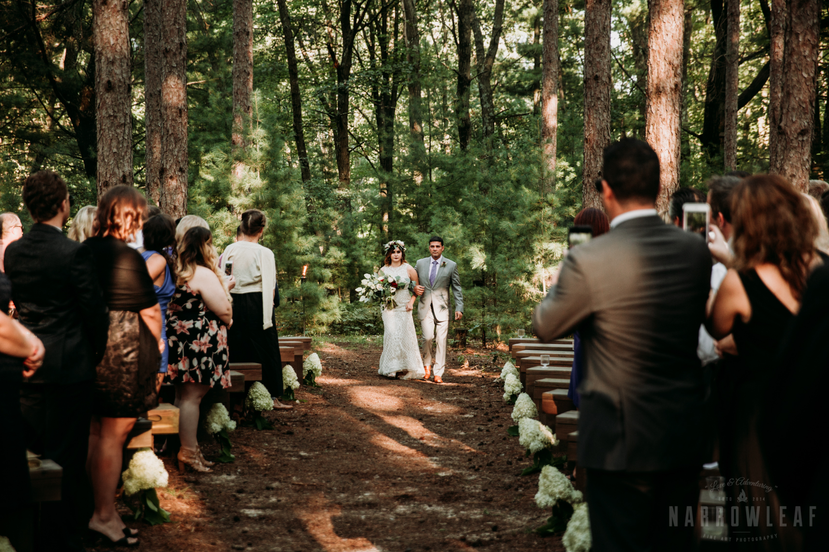 woodsy-boho-wedding-ceremony-burlap-and-bells-wi-NarrowLeaf_Love_&_Adventure_Photography-5.jpg