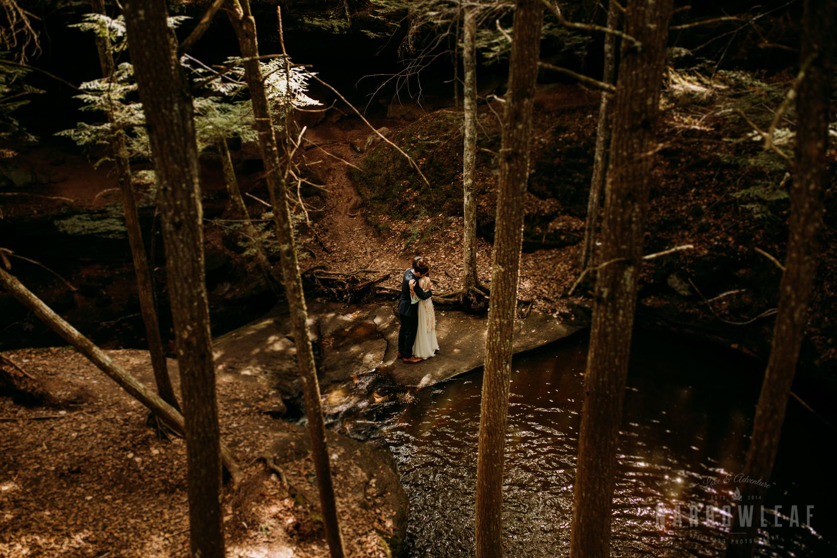 moody-lake-superior-hiking-adventure-elopement-NarrowLeaf-Photography-6286.jpg