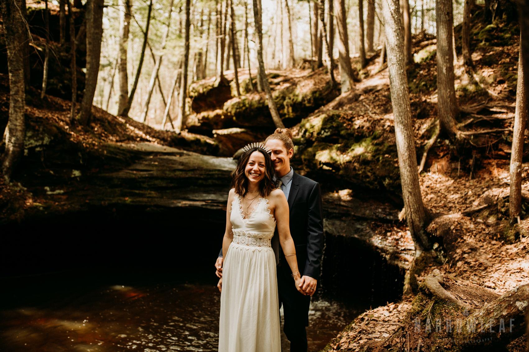 moody-lake-superior-hiking-adventure-elopement-NarrowLeaf-Photography-6328.jpg