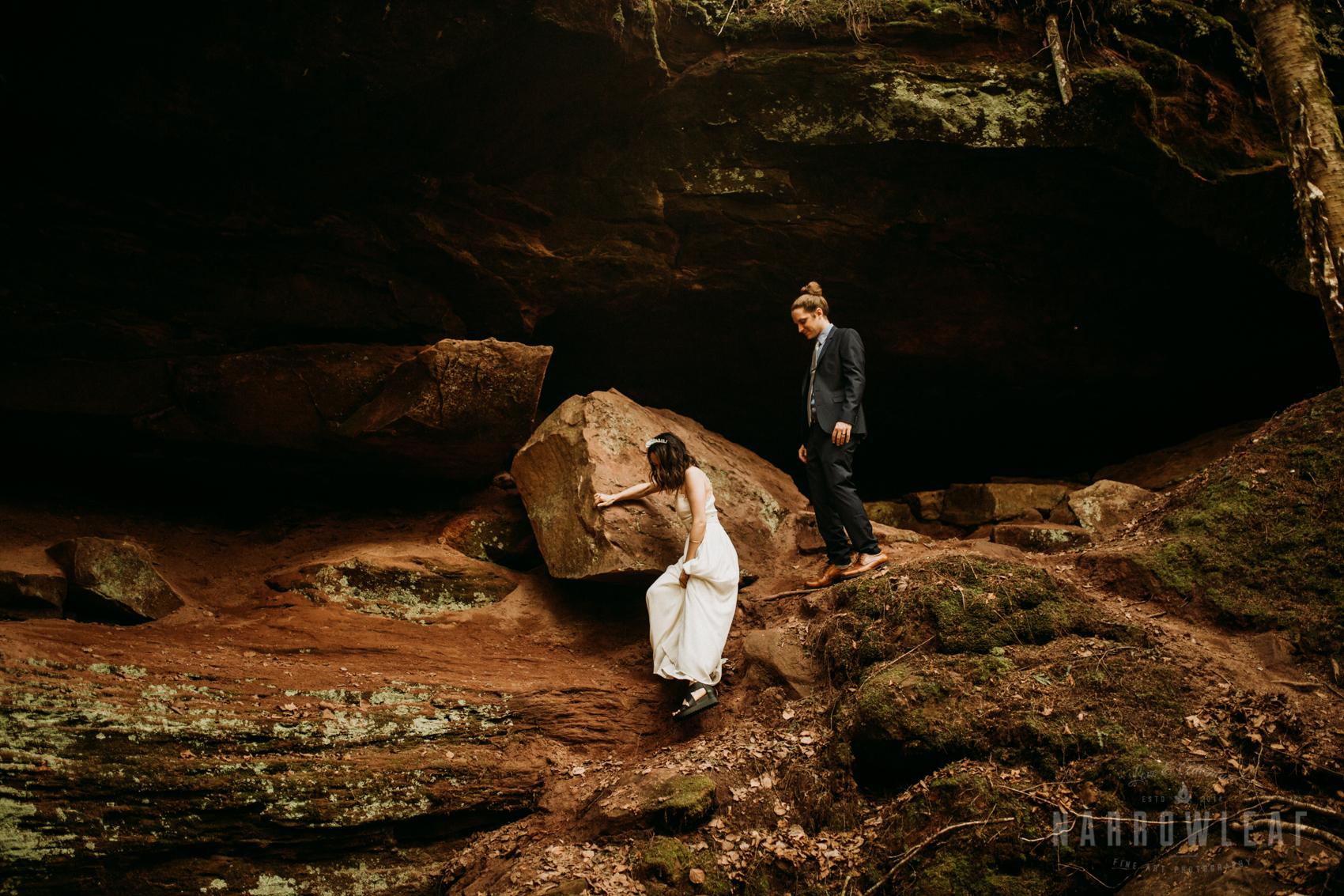 moody-lake-superior-hiking-adventure-elopement-NarrowLeaf-Photography-6437.jpg