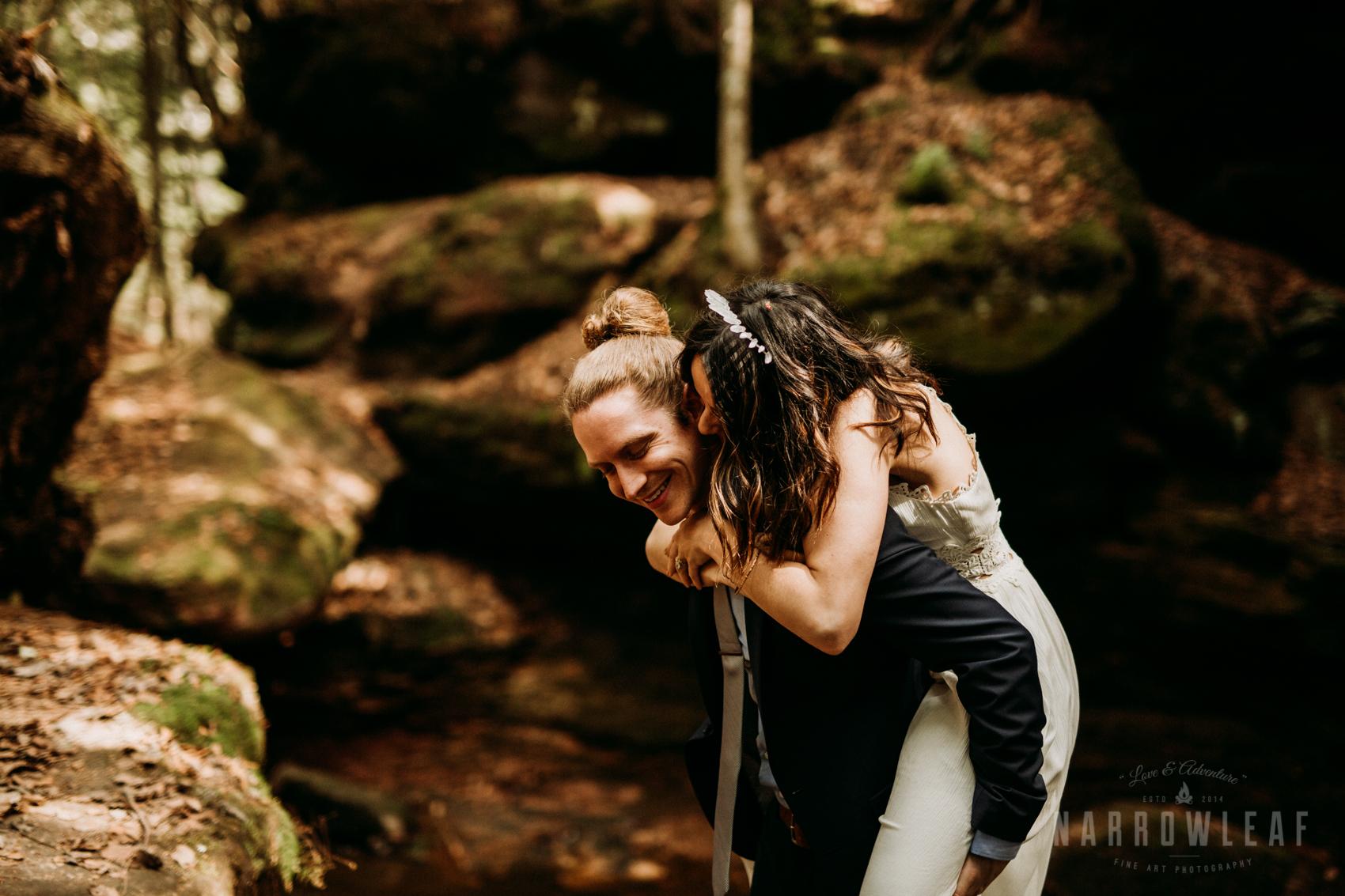 moody-lake-superior-hiking-adventure-elopement-NarrowLeaf-Photography-6568.jpg