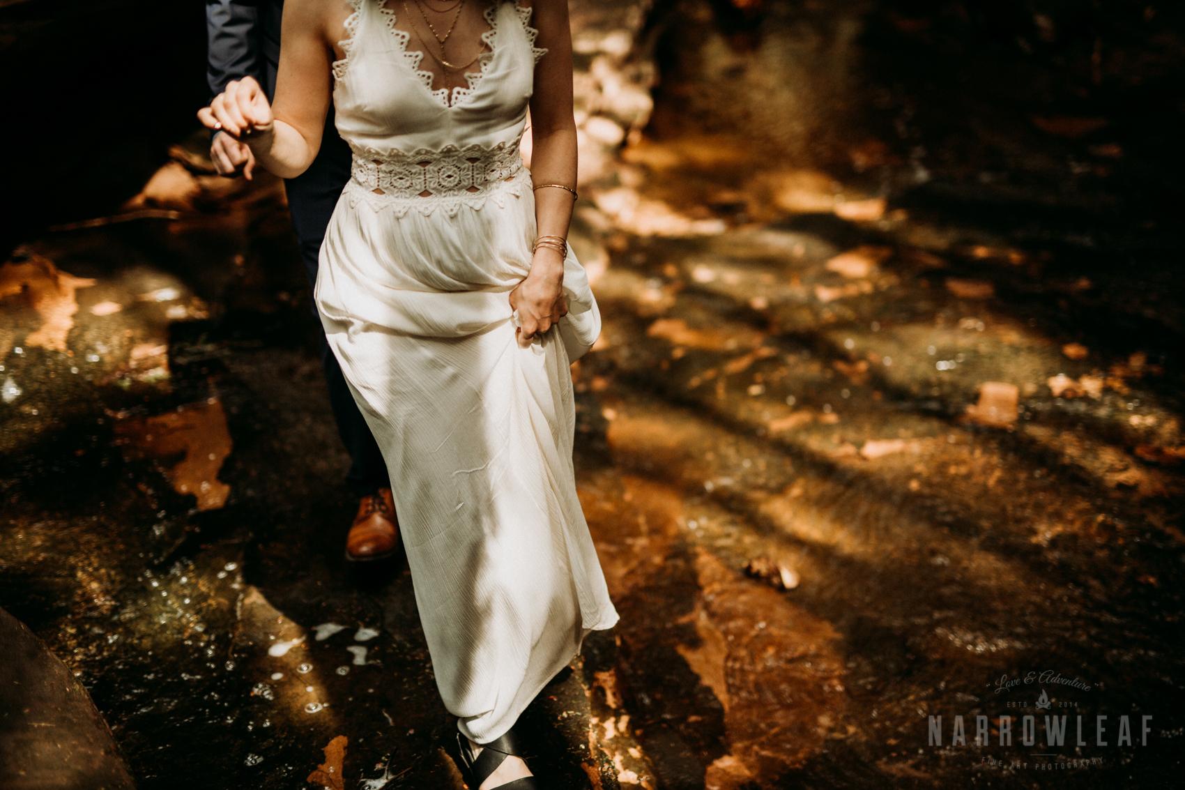 moody-lake-superior-hiking-adventure-elopement-NarrowLeaf-Photography-6641.jpg
