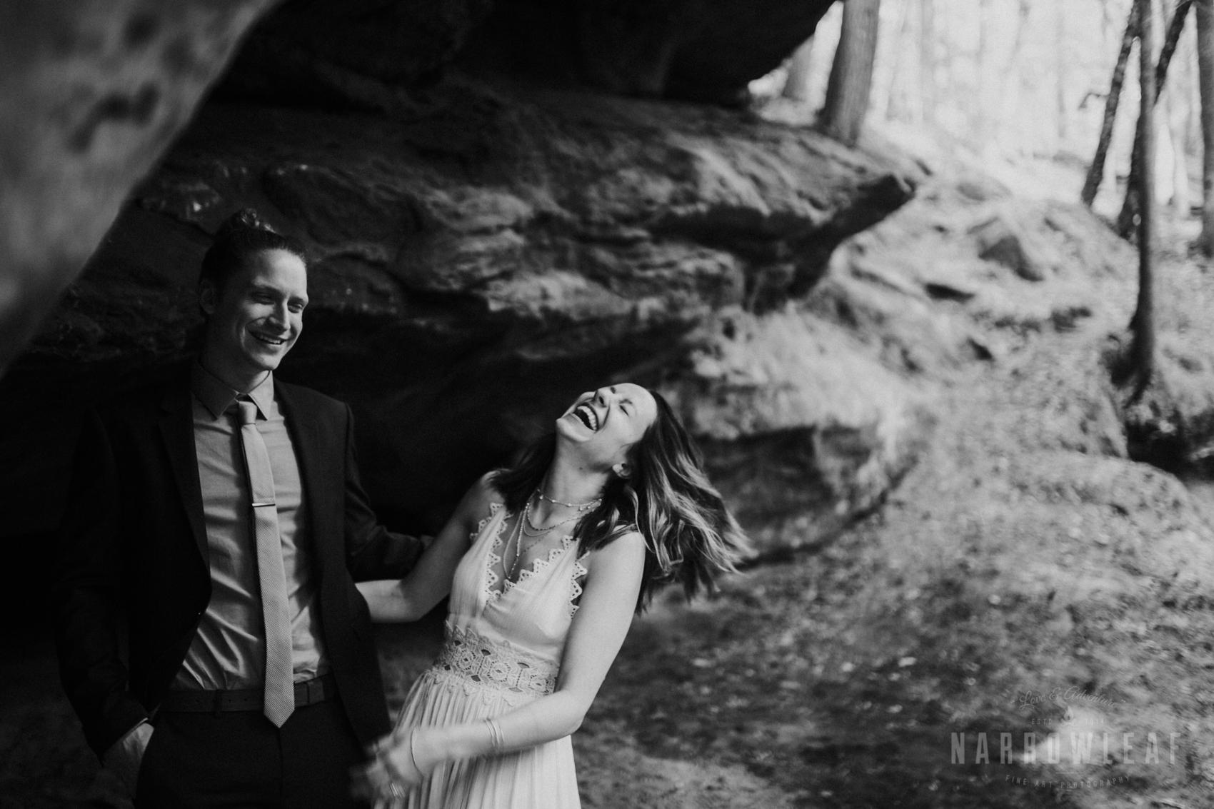 moody-lake-superior-hiking-adventure-elopement-NarrowLeaf-Photography-6964.jpg
