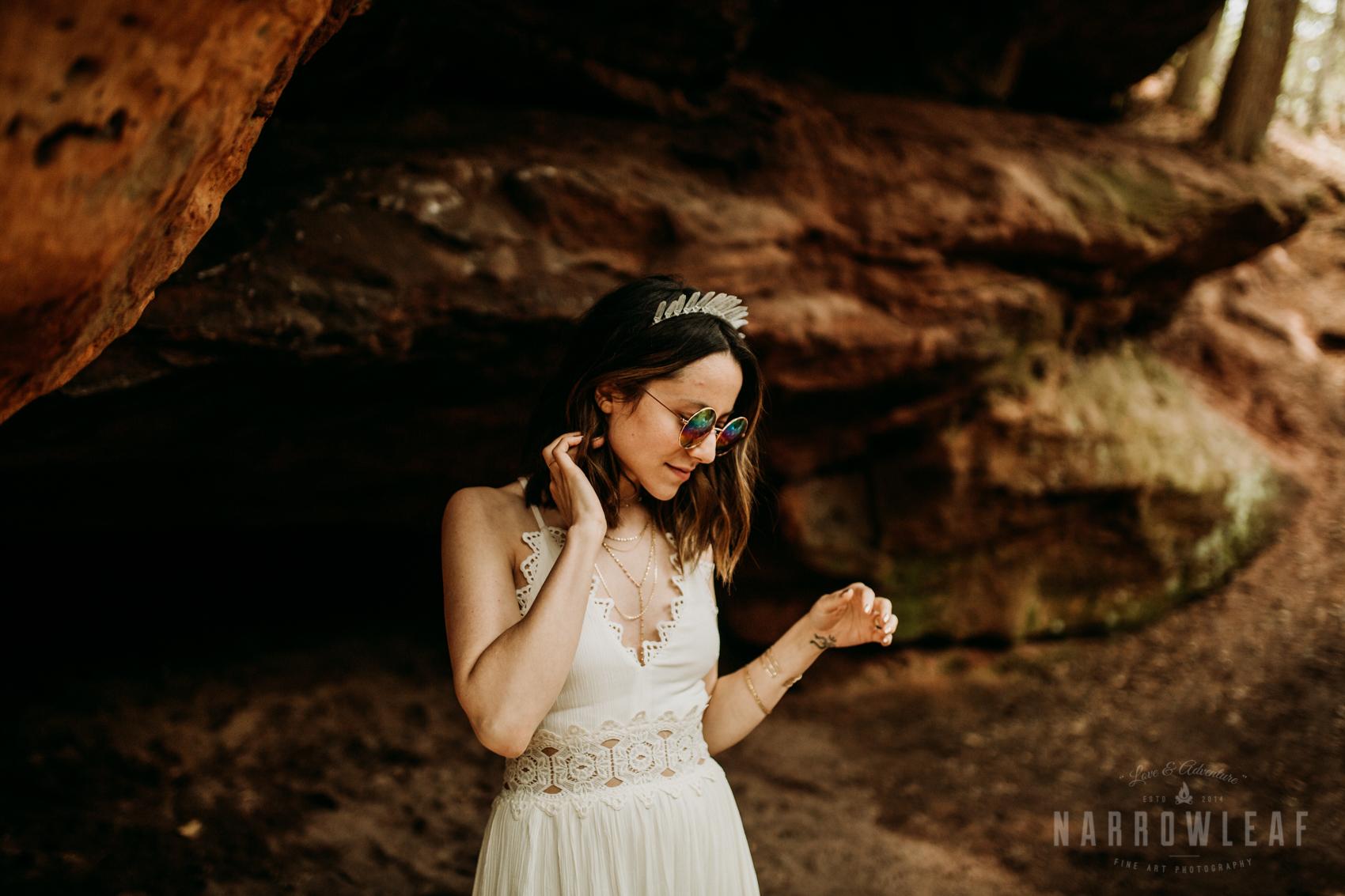 moody-lake-superior-hiking-adventure-elopement-NarrowLeaf-Photography-7045.jpg