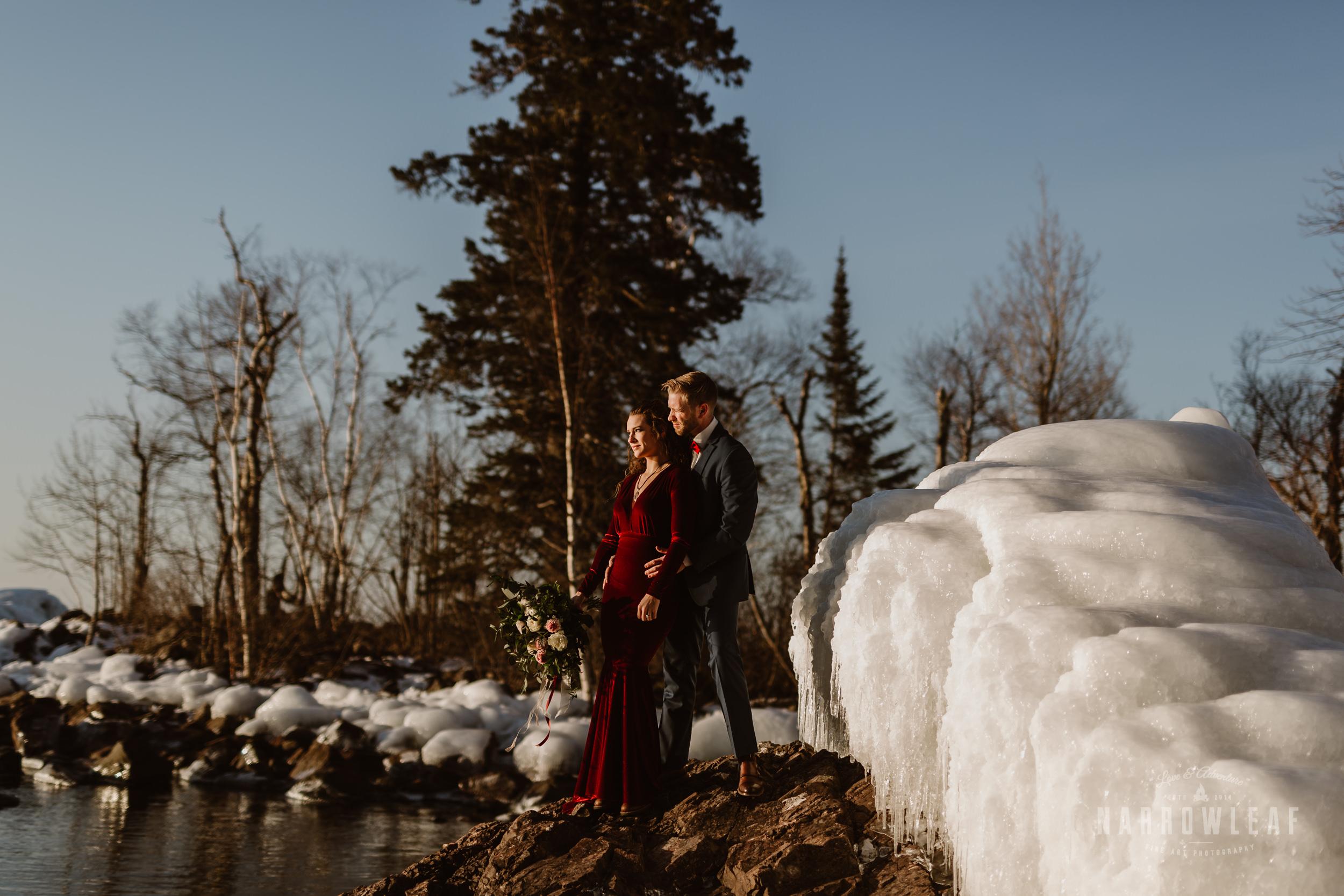 winter-adventure-elopement-tettegouche-state-park-minnesota-Narrowleaf_Love_and_Adventure_Photography-8472.jpg