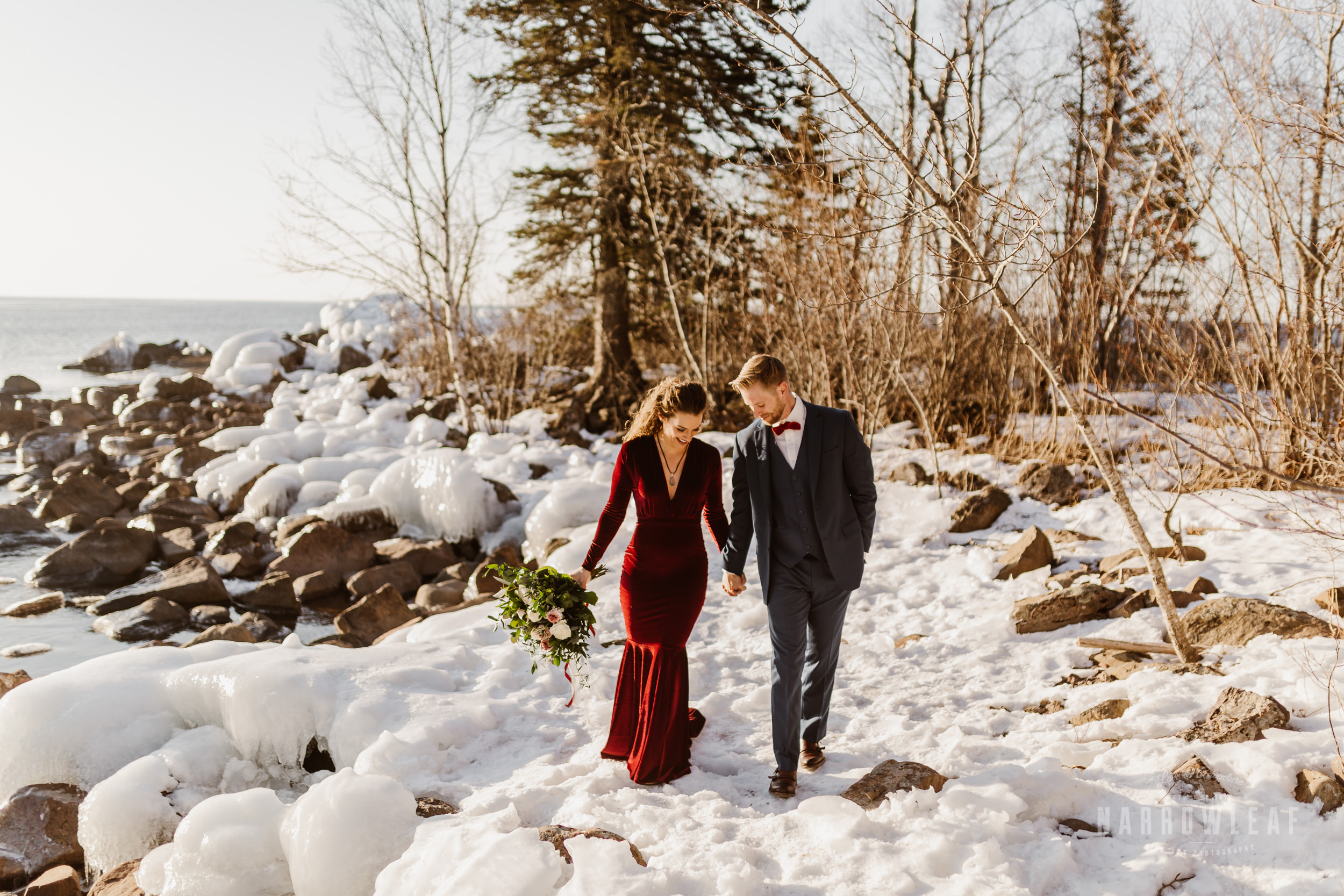 winter-adventure-elopement-tettegouche-state-park-minnesota-Narrowleaf_Love_and_Adventure_Photography-8691.jpg
