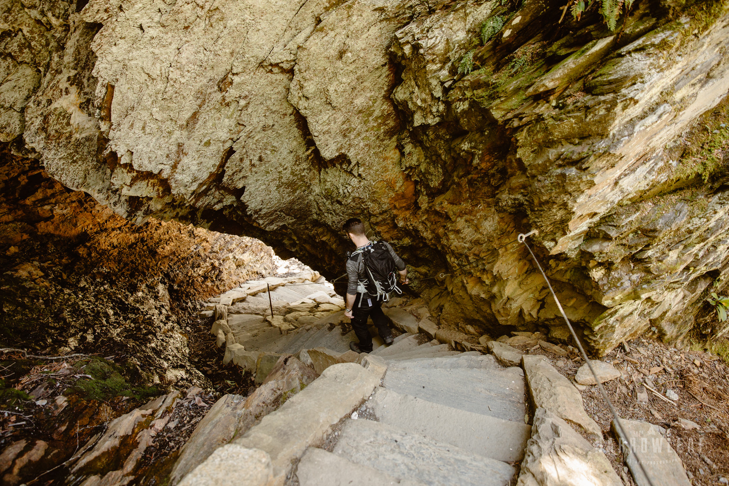 Alum-Cave-Tenneessee-elopement-photographer-Narrowleaf_Love_and_Adventure_Photography-9815.jpg