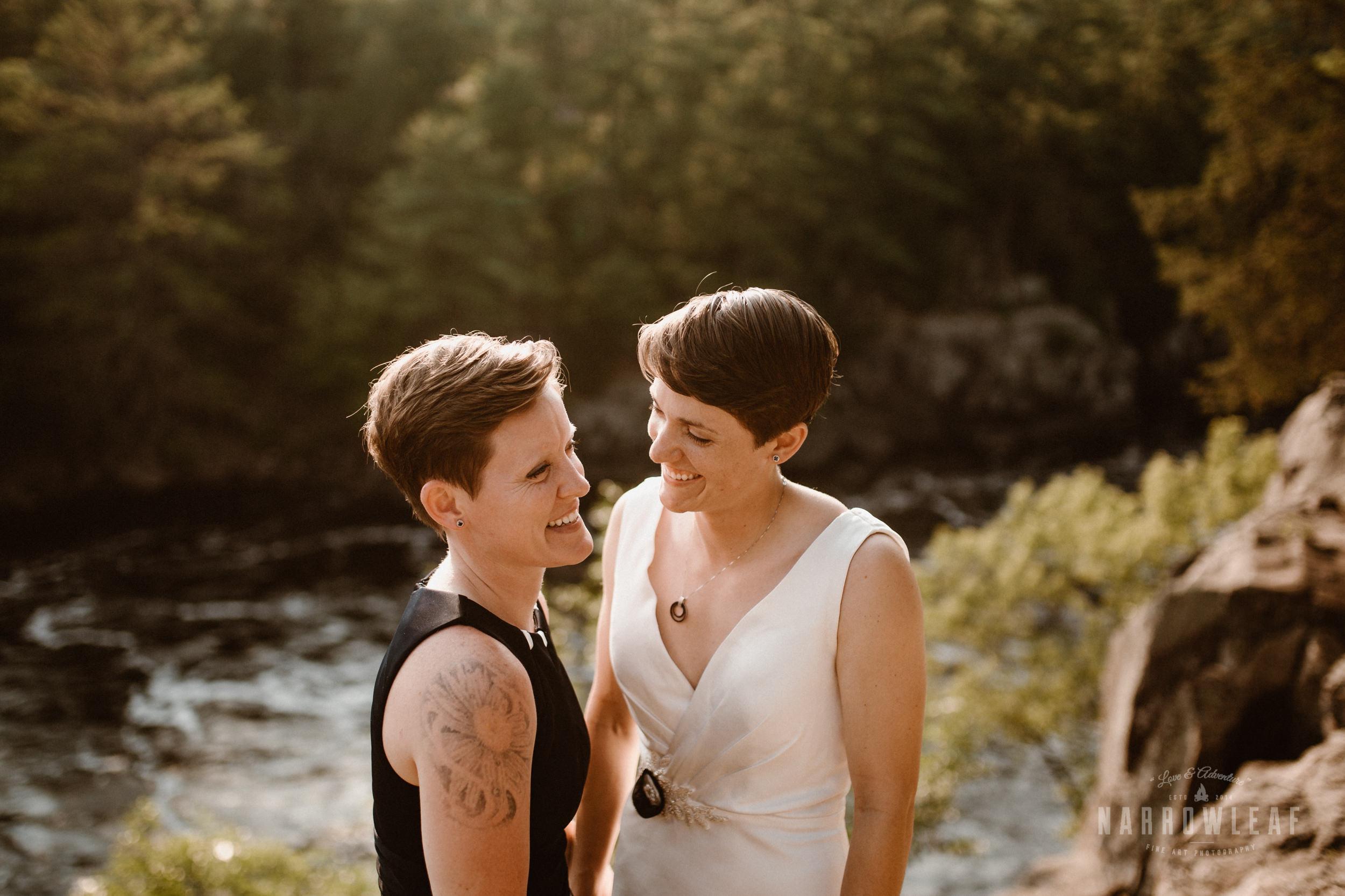 Interstate-Park-Taylors-Falls-Minnesota-Elopement-Photographer-Narrowleaf_Love_and_Adventure_Photography-3882.jpg