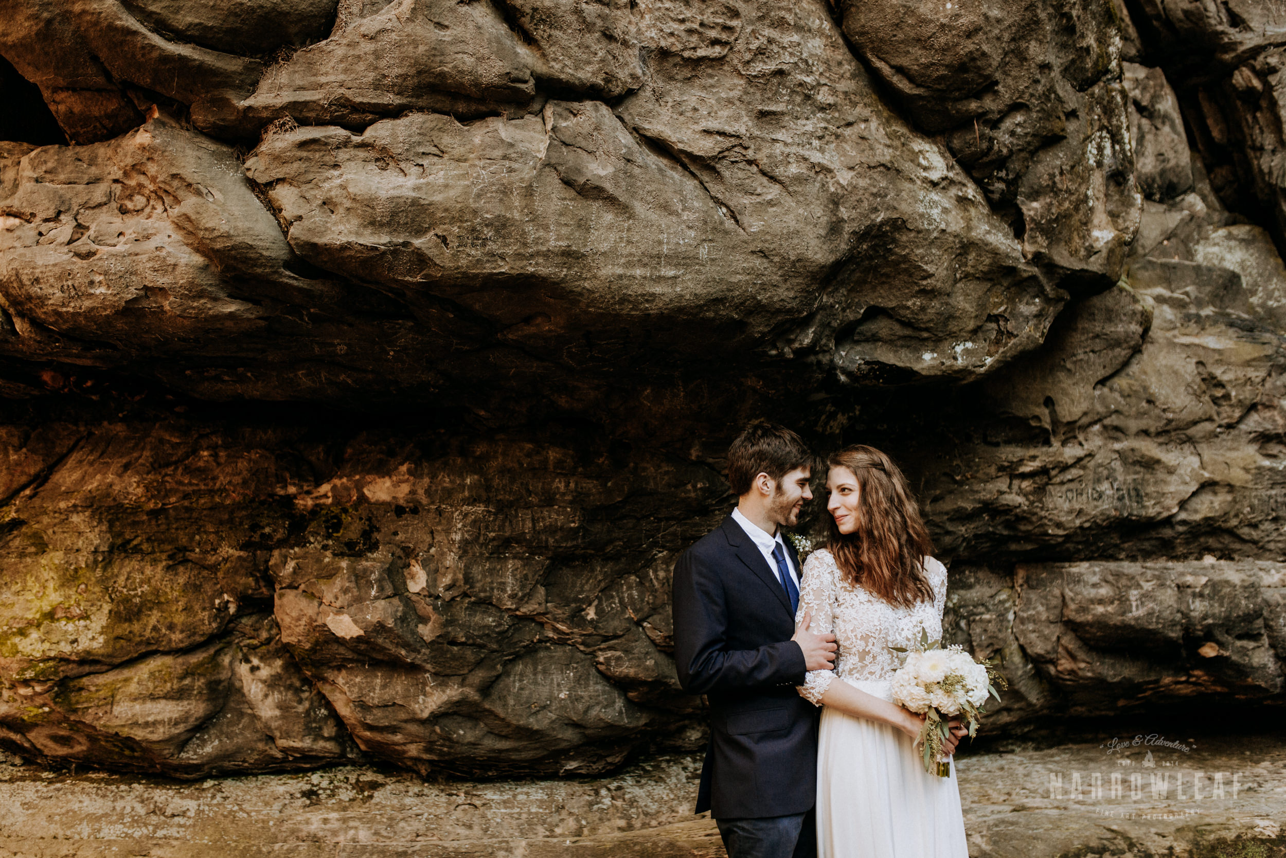 Perrot-State-Park-Baraboo-Wisconsin-Fall-adventure-hiking-Elopement-Narrowleaf_Love_and_Adventure_Photography-0397.jpg