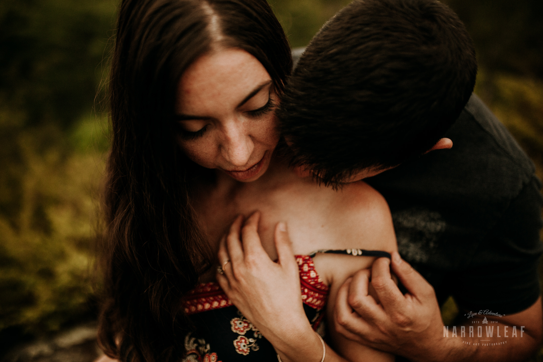 intimate-engagement-photographer-Narrowleaf_Love_and_Adventure_Photography-1031.jpg
