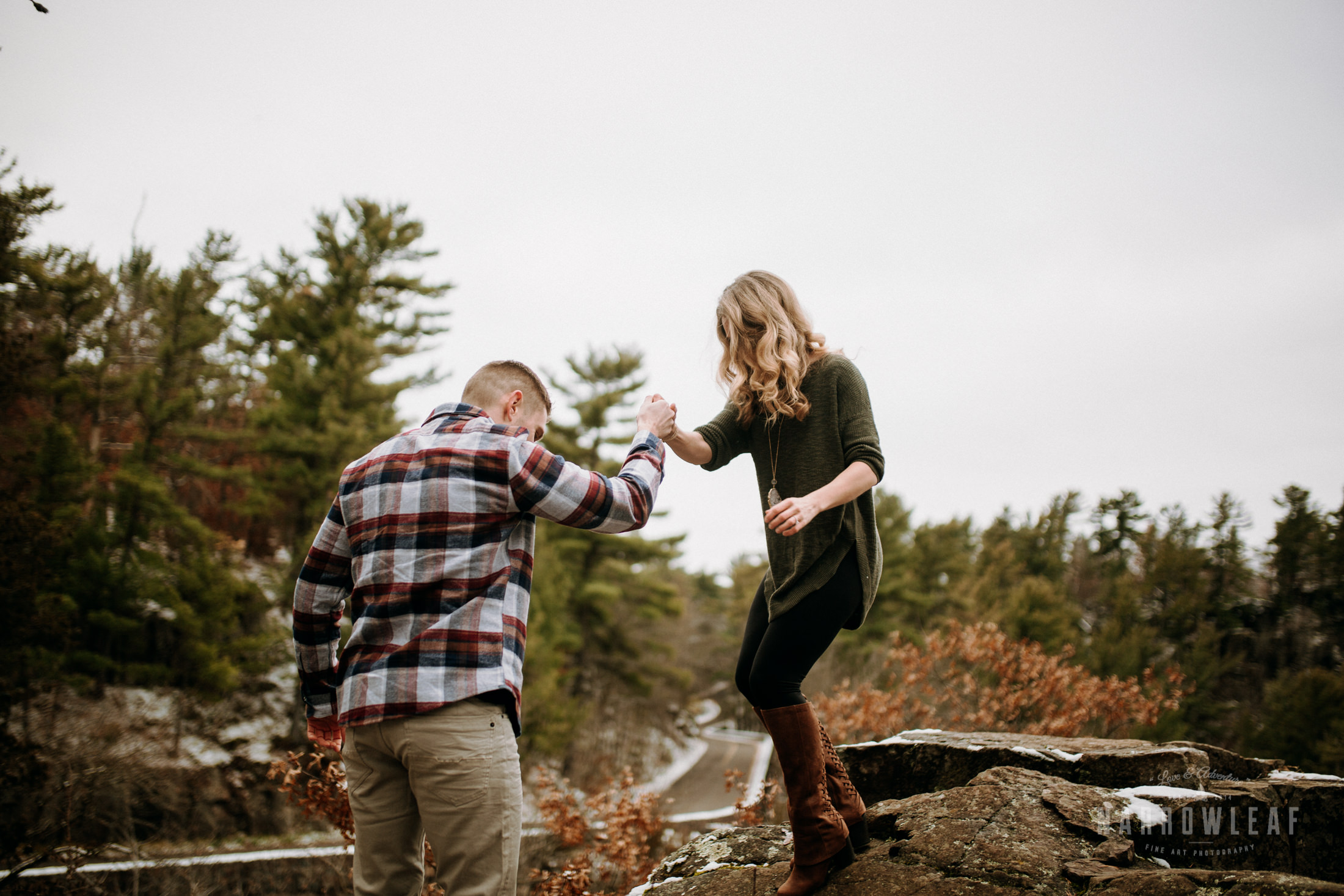 wisconsin-winter-adventure-engagement-interstate-park-bluffs-Narrowleaf_Love_and_Adventure_Photography-0016.jpg