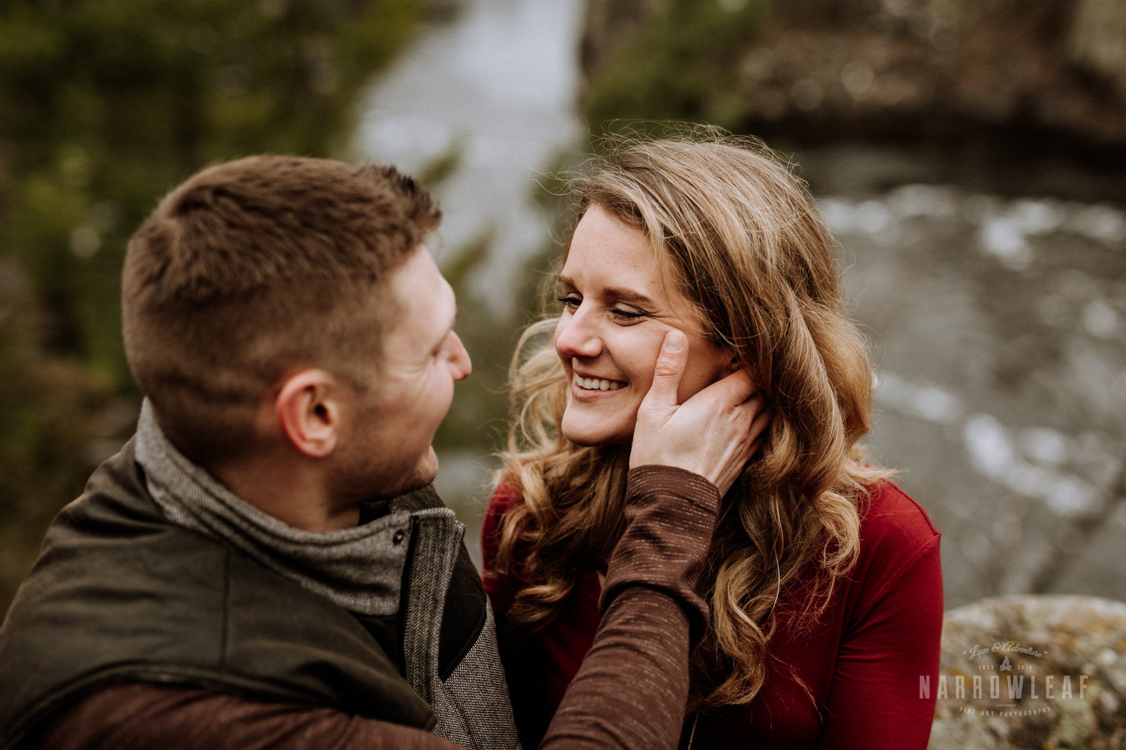 wisconsin-winter-adventure-engagement-interstate-park-bluffs-Narrowleaf_Love_and_Adventure_Photography-1736.jpg
