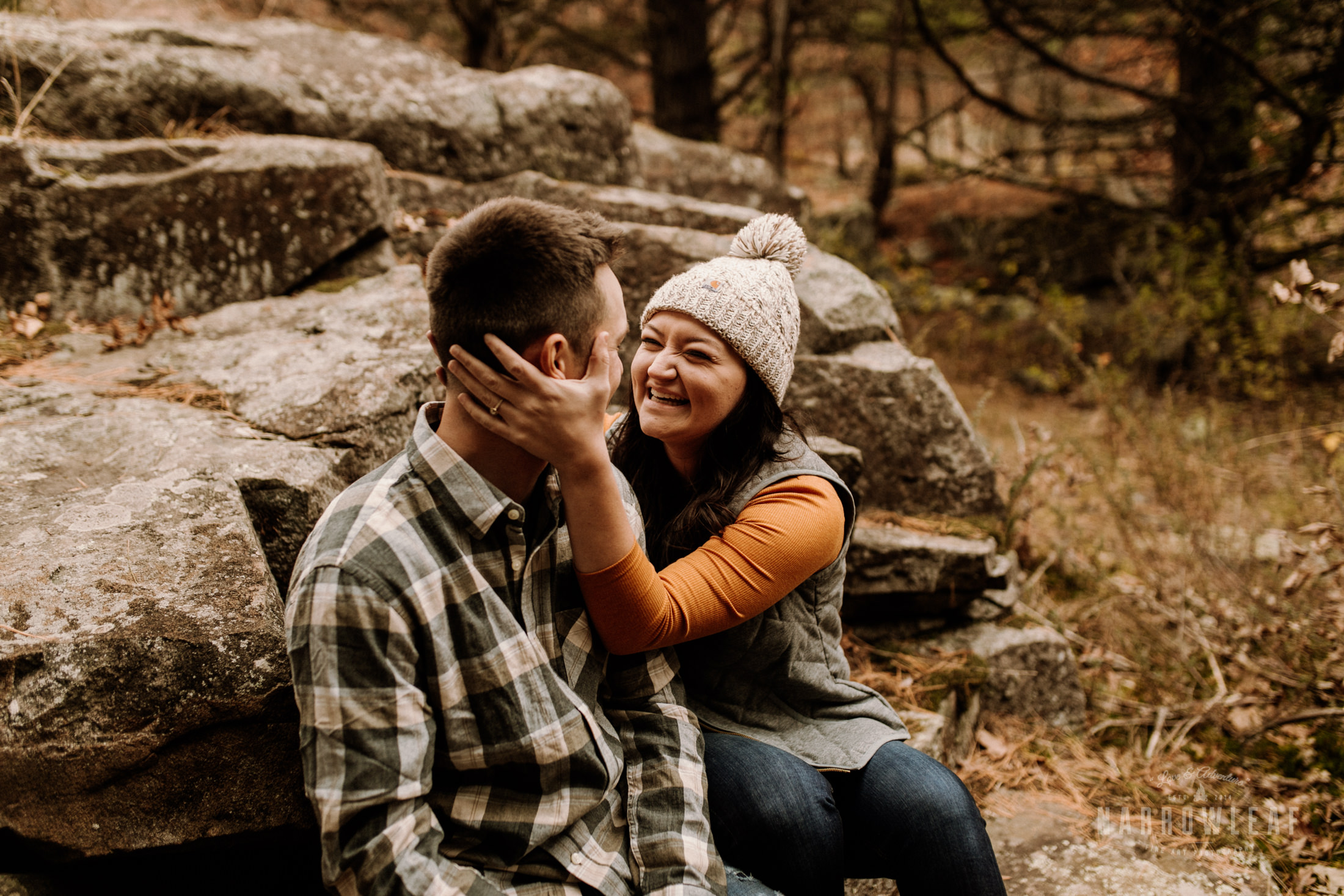 wisconsin-fall-adventure-engagement-Narrowleaf_Love_and_Adventure_Photography-0449.jpg