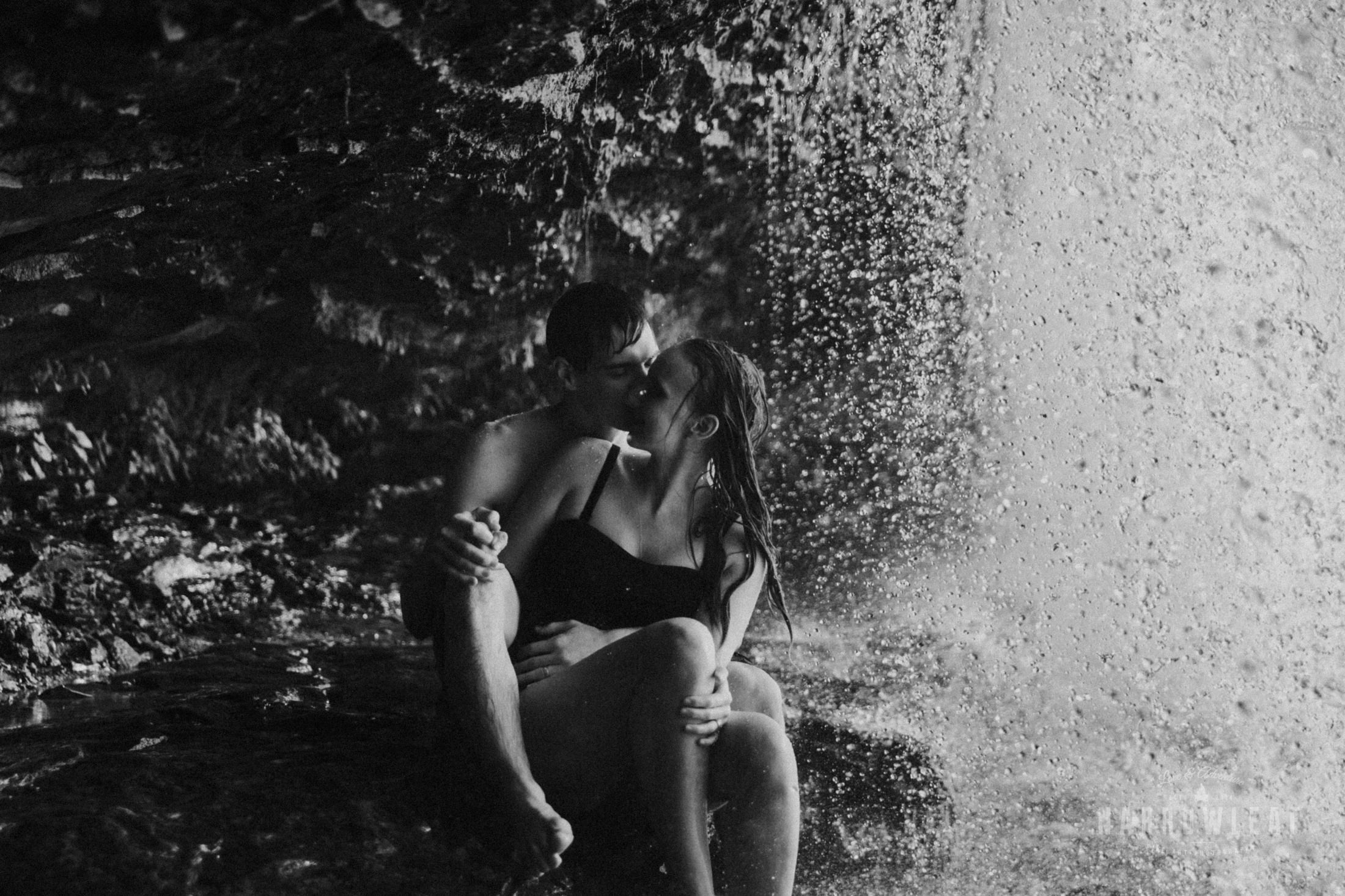 Wisconsin-waterfall-engagement-photographer-Narrowleaf_Love_and_Adventure_Photography-1228.jpg