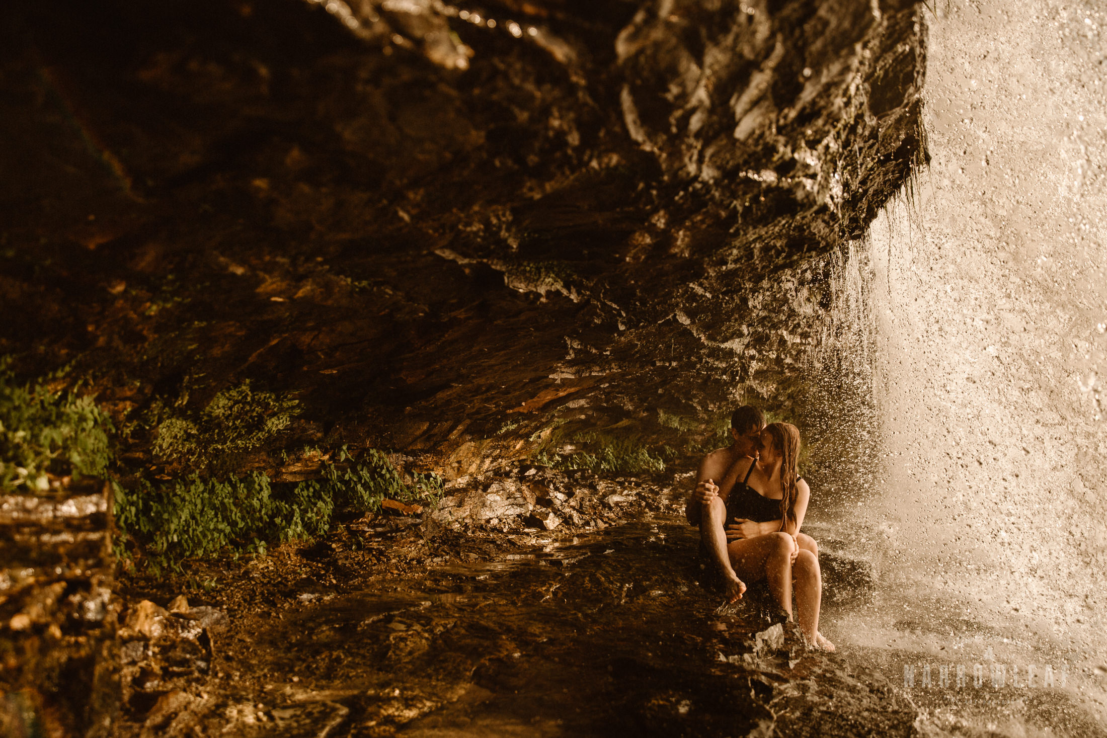 Wisconsin-waterfall-engagement-photographer-Narrowleaf_Love_and_Adventure_Photography-1232.jpg