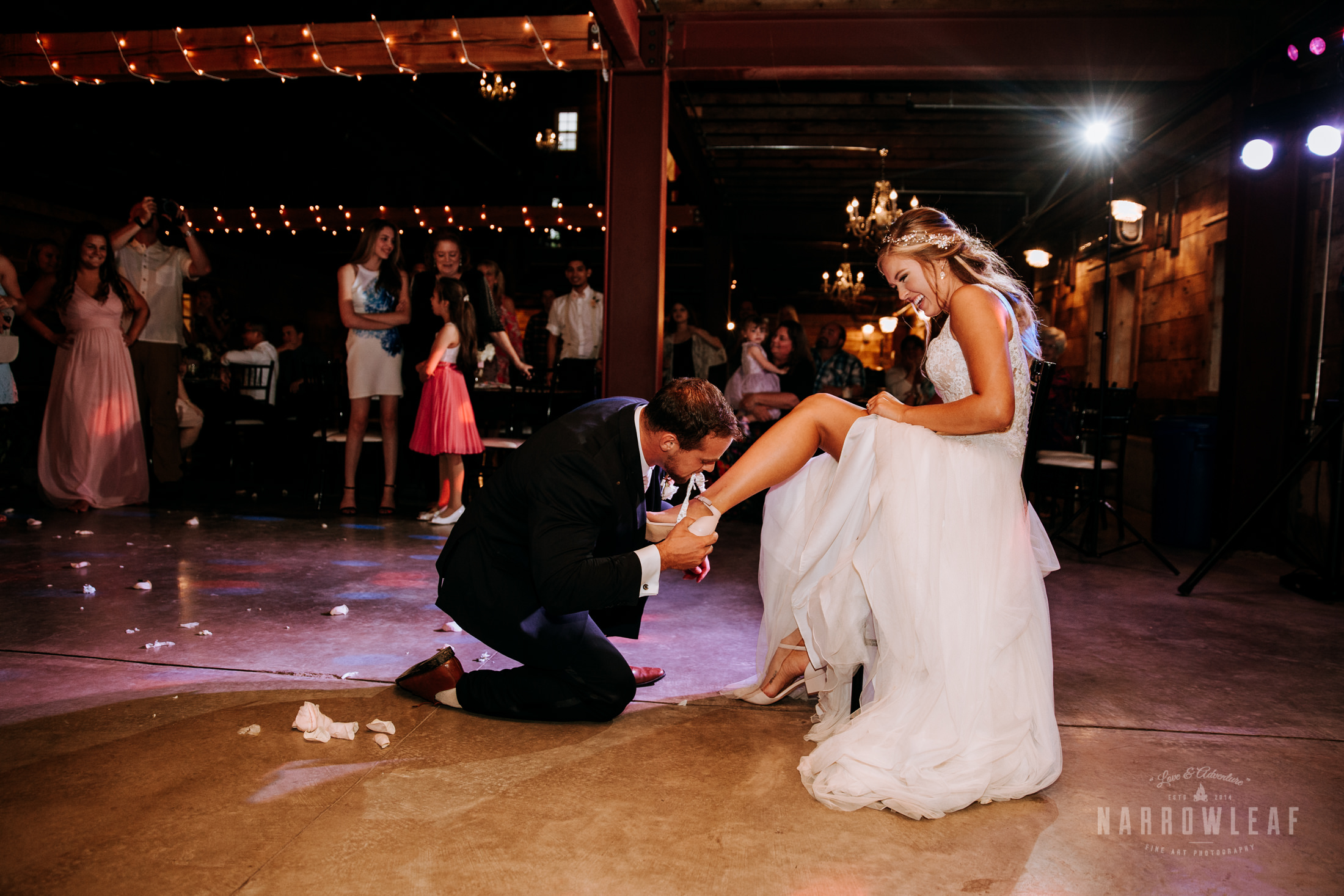 John-P-Furber-Farm-Minnesota-wedding-photographer-Narrowleaf_Love_and_Adventure_Photography-0028.jpg