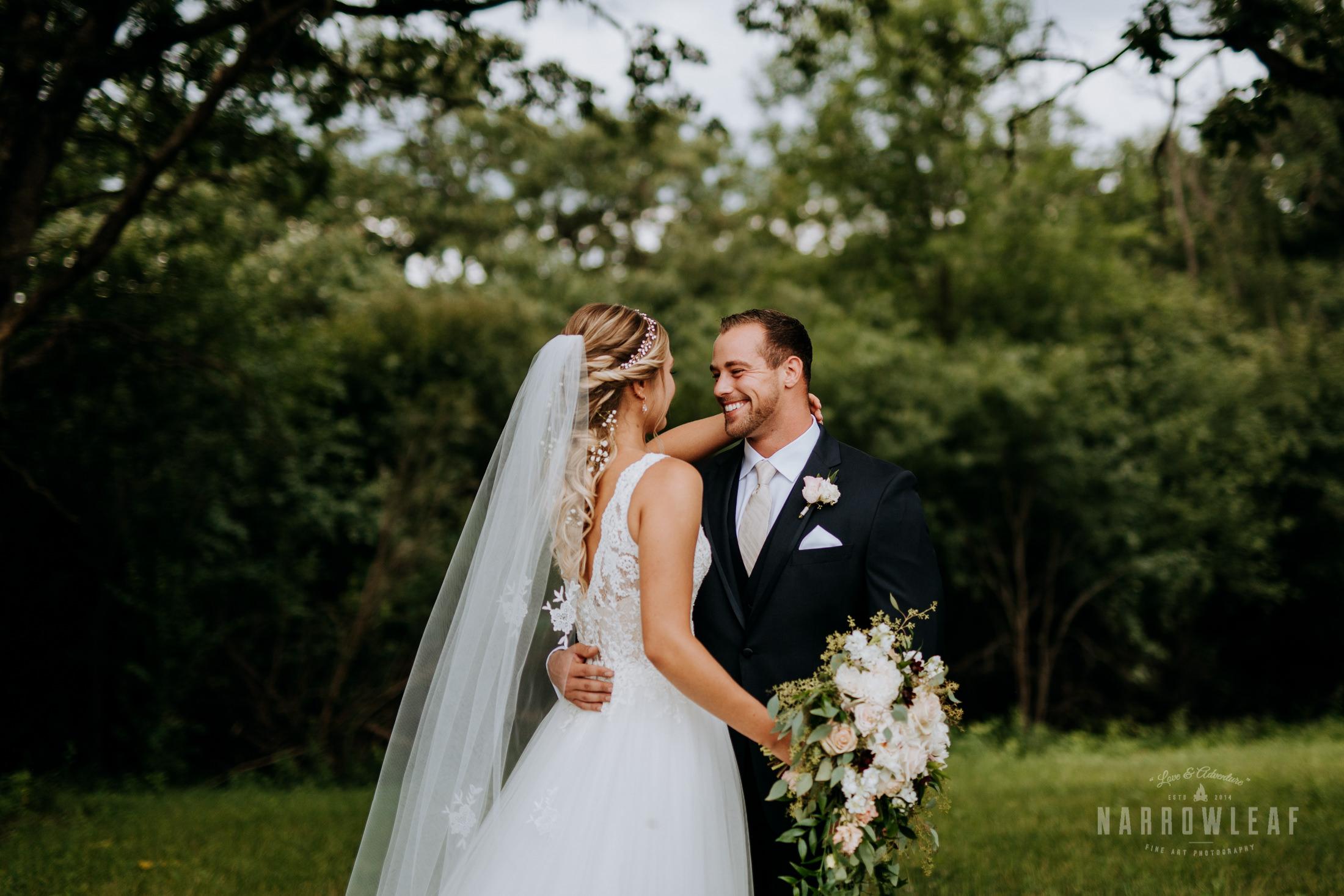 John-P-Furber-Farm-Minnesota-wedding-photographer-Narrowleaf_Love_and_Adventure_Photography-7105.jpg
