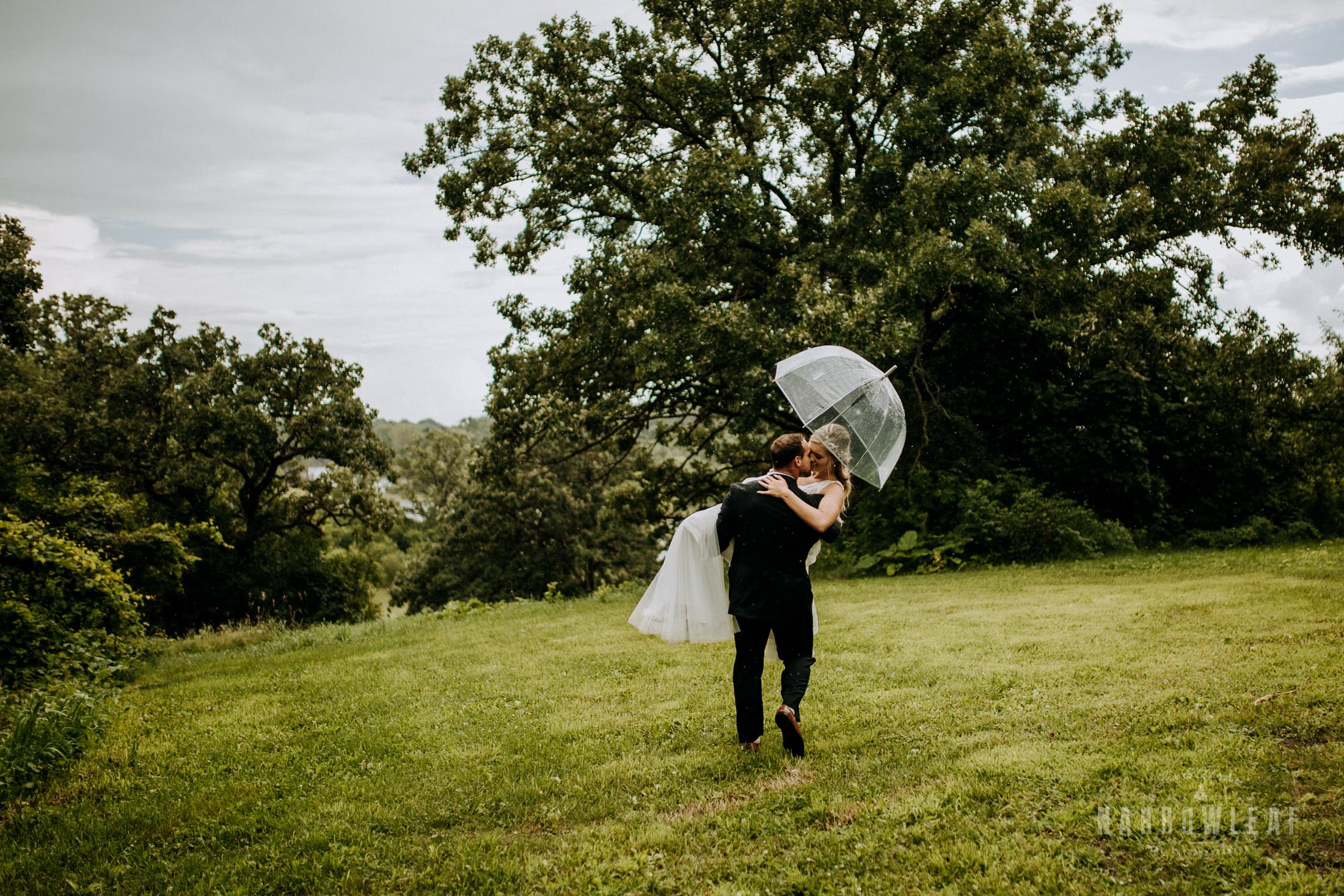 John-P-Furber-Farm-Minnesota-wedding-photographer-Narrowleaf_Love_and_Adventure_Photography-8940.jpg