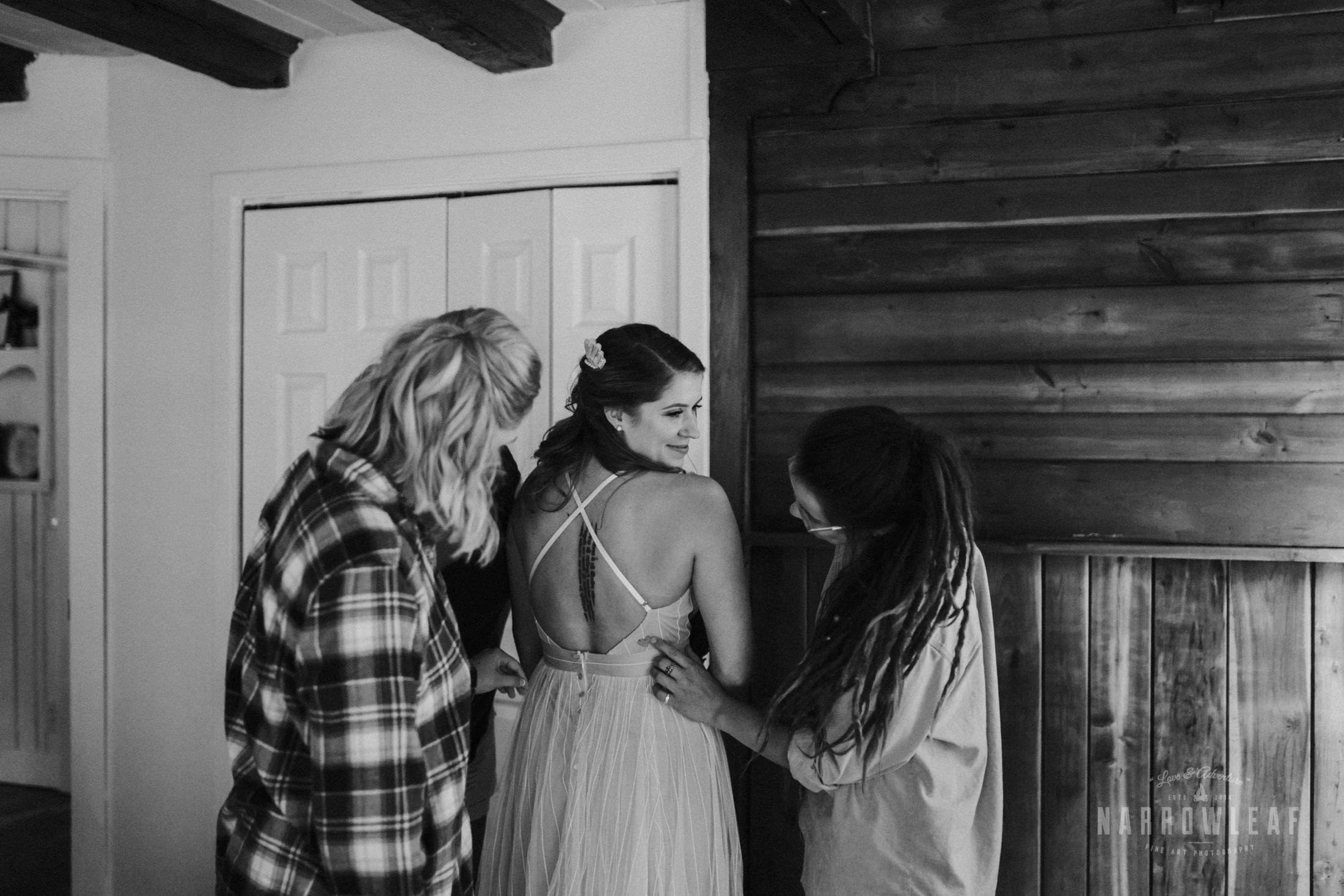 door-county-wedding-photographer-in-the-woods-Narrowleaf_Love_and_Adventure_Photography-7480.jpg