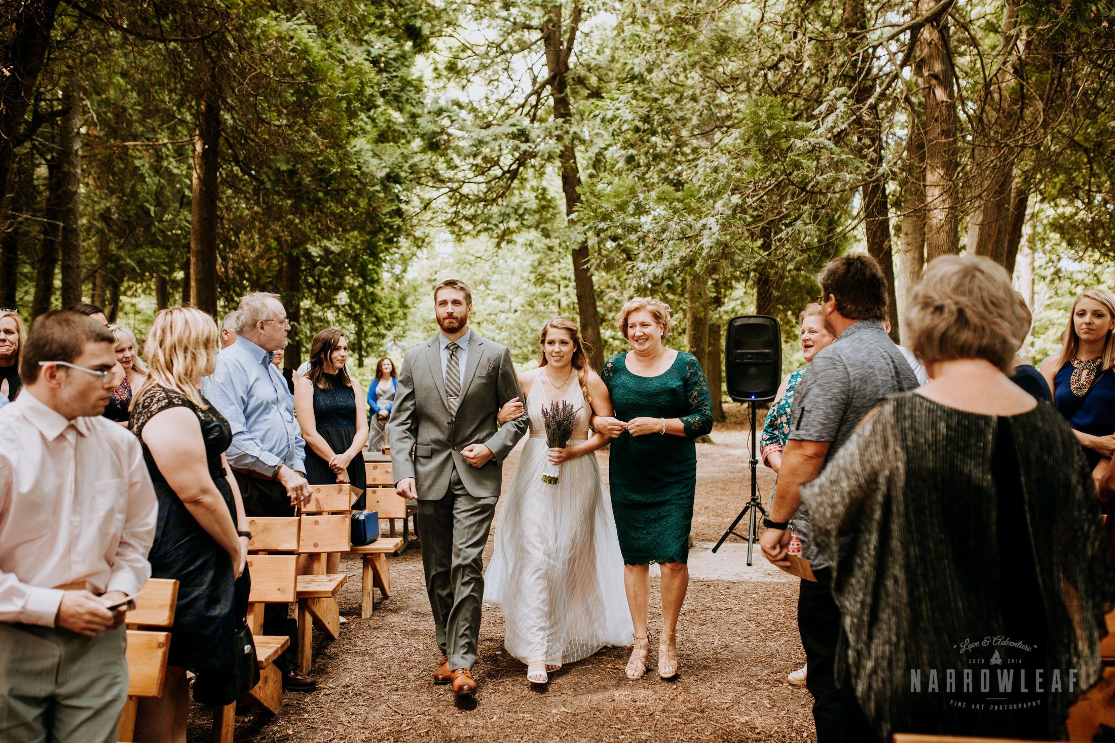 door-county-wedding-photographer-in-the-woods-Narrowleaf_Love_and_Adventure_Photography-7890.jpg
