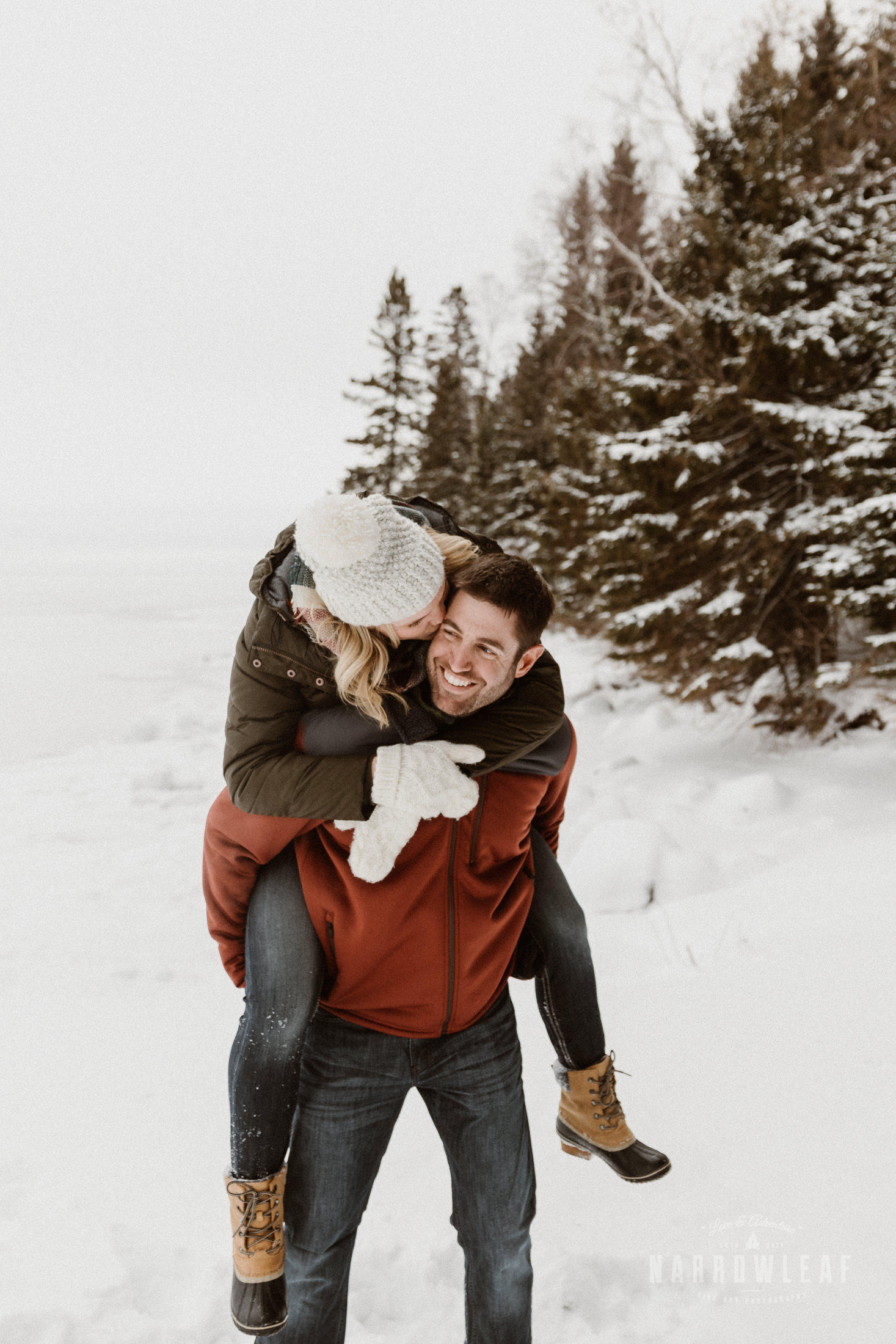 Two-Harbors-MN-winter-Engagement-photos-Narrowleaf_Love_and_Adventure_Photography-8931.jpg