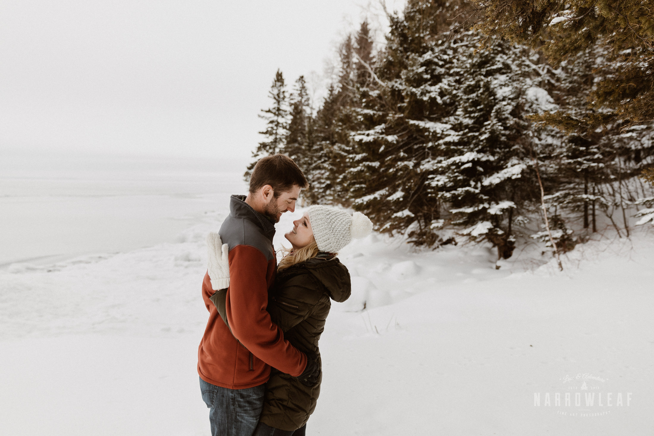 North-Shore-Minnesota-winter-Engagement-photos-Narrowleaf-Adventure-Photography-8748.jpg