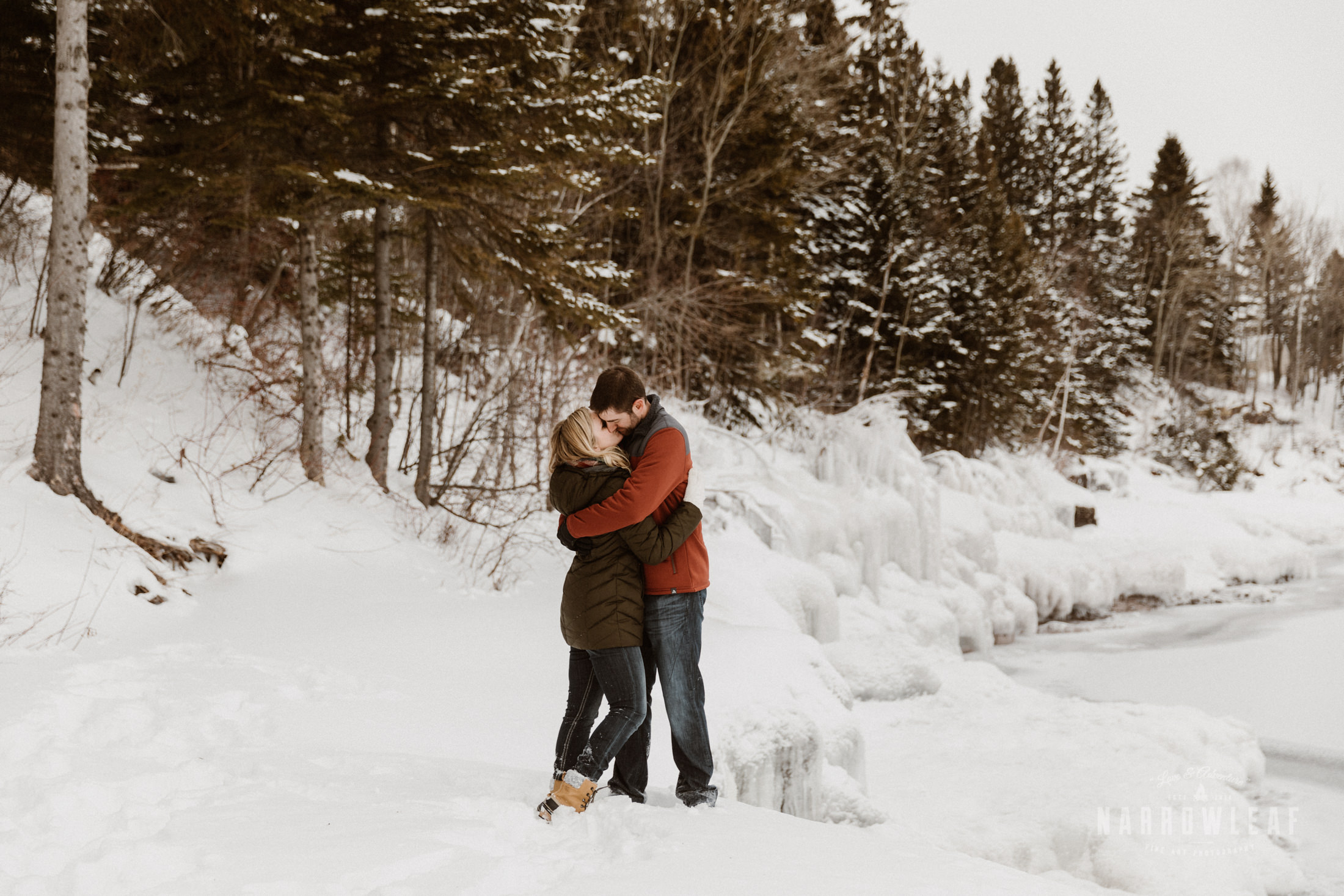 North-Shore-Minnesota-winter-Engagement-photos-Narrowleaf-Adventure-Photography-9303.jpg