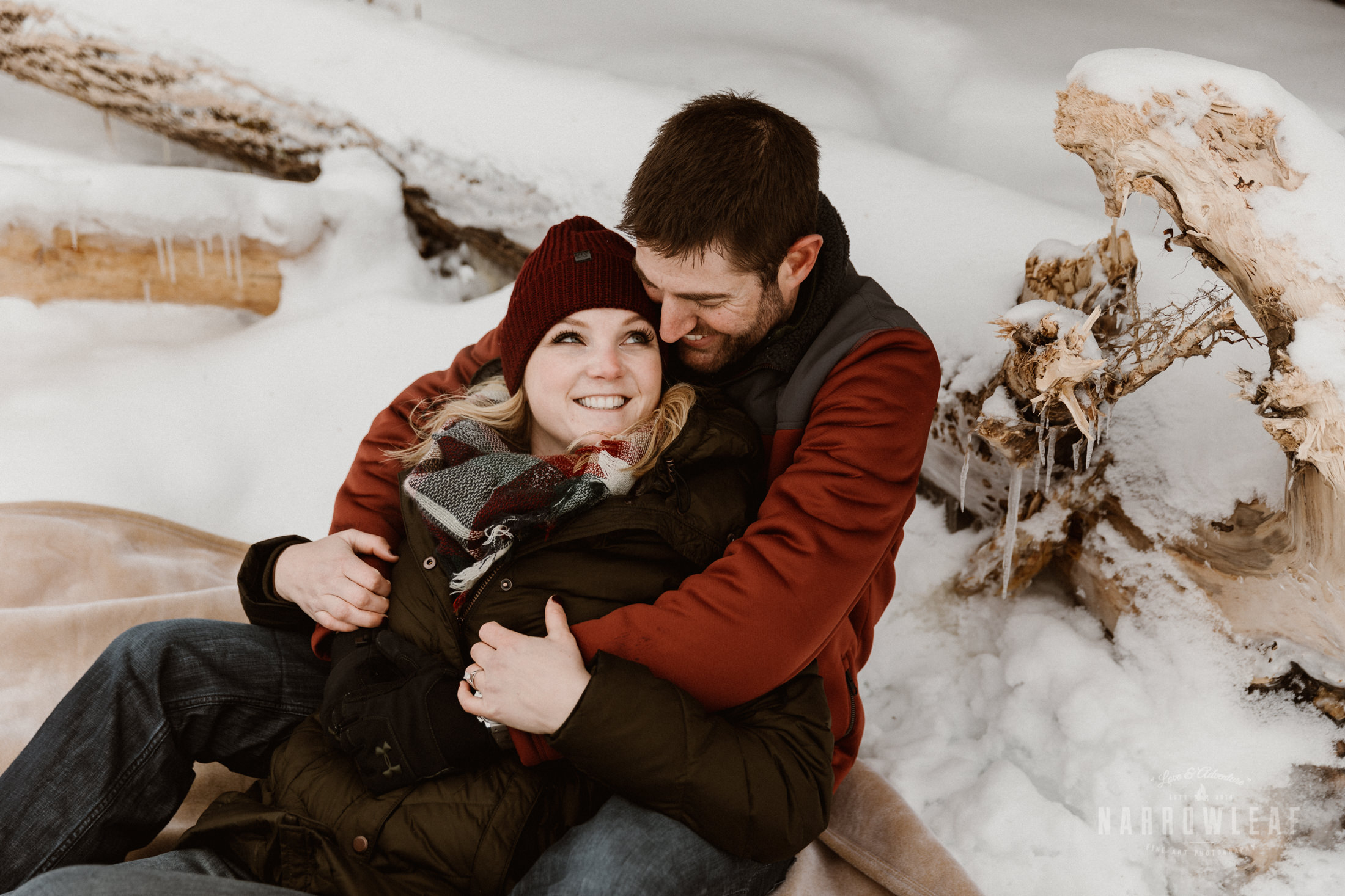 North-Shore-Minnesota-winter-Engagement-photos-Narrowleaf-Adventure-Photography-9426.jpg