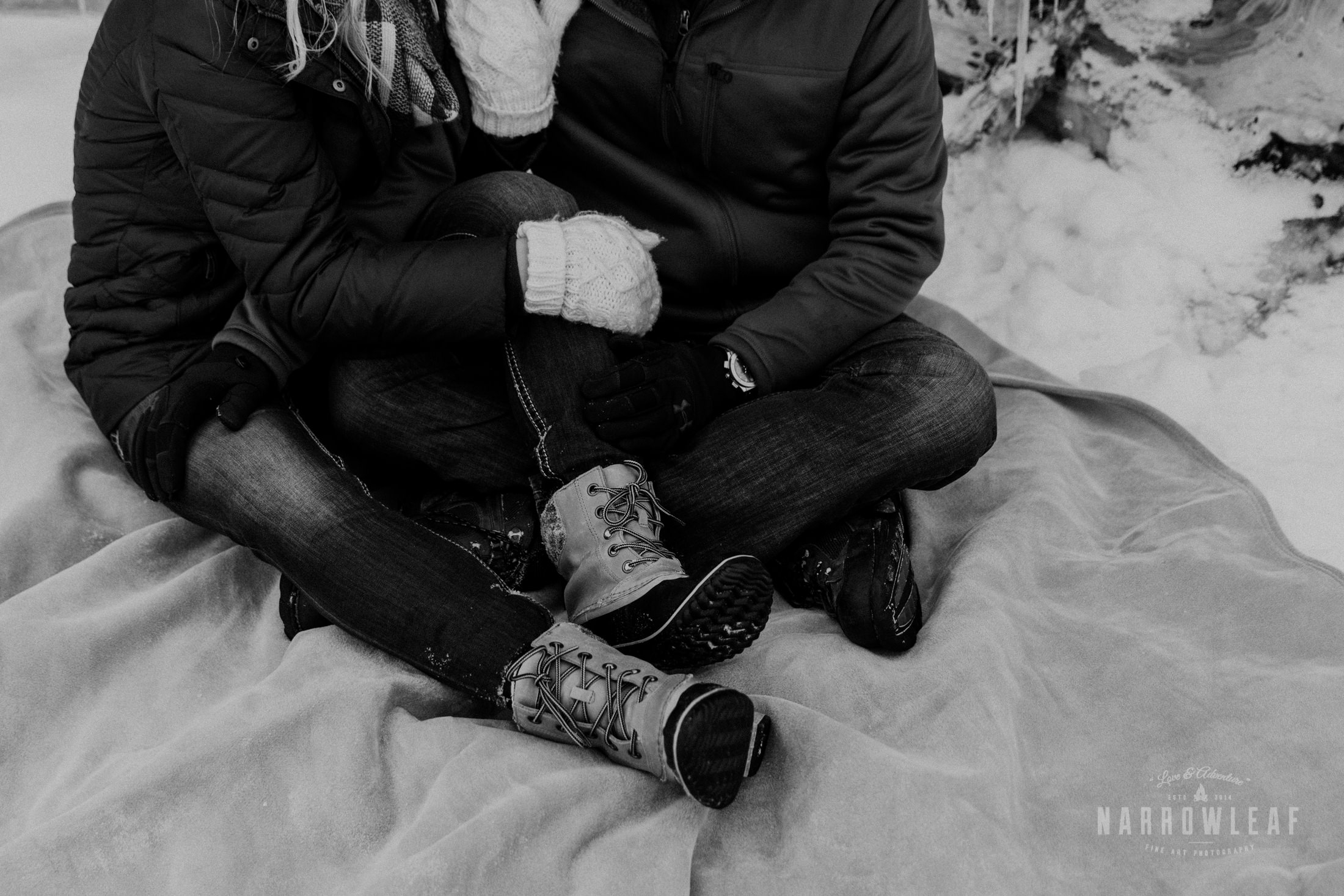 North-Shore-Minnesota-winter-Engagement-photos-Narrowleaf-Adventure-Photography-9480.jpg