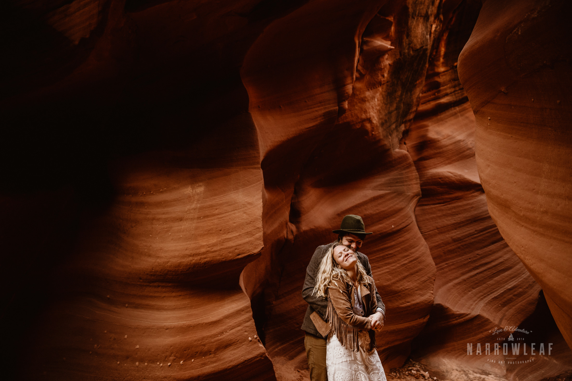 adventure-elopement-photography-in-Page-Arizona-2448-slot-canyon.jpg