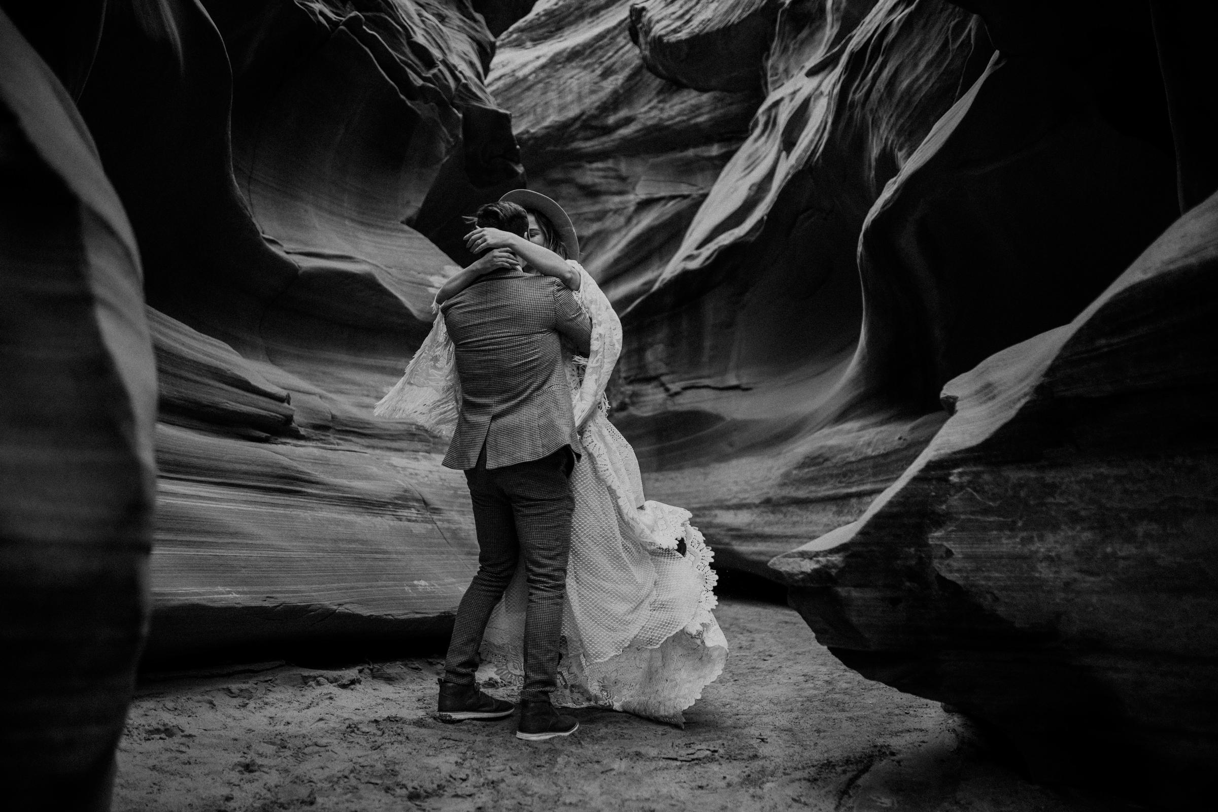arizona-adventure-elopements-in-slot-canyons.jpg