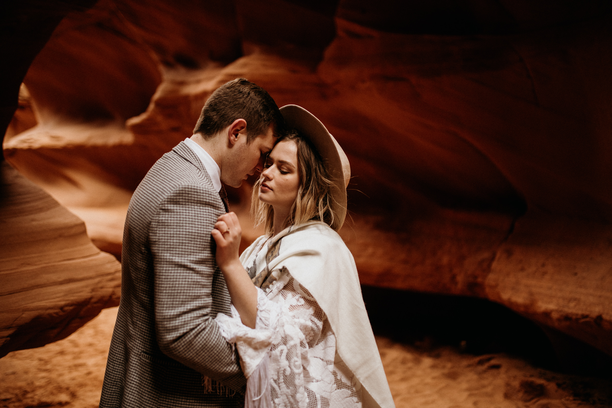 adventure-elopement-photographer-in-arizona.jpg