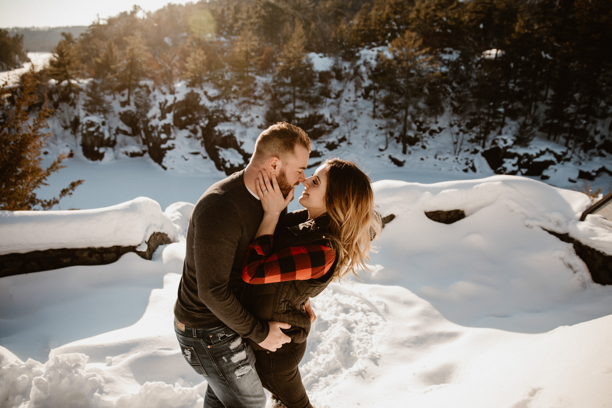 engagement-photos-during-alpine-sunset.jpg